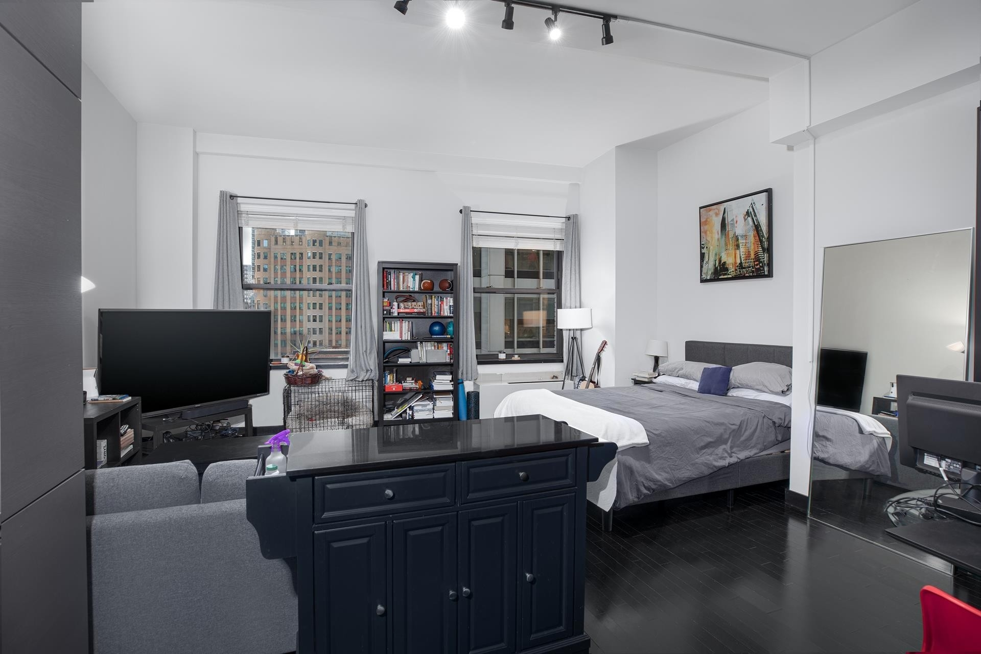 Condominium at 20 Pine - The Collection, 20 Pine St, 2410 Financial District, New York, NY 10005