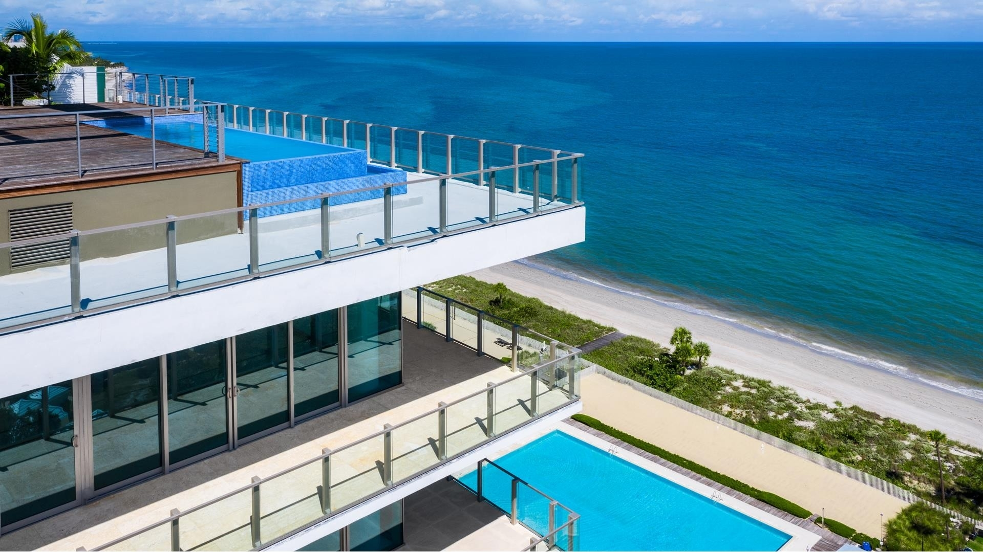 Condominium for Sale at 360 Ocean Dr , PH1S Village of Key Biscayne, Key Biscayne, FL 33149