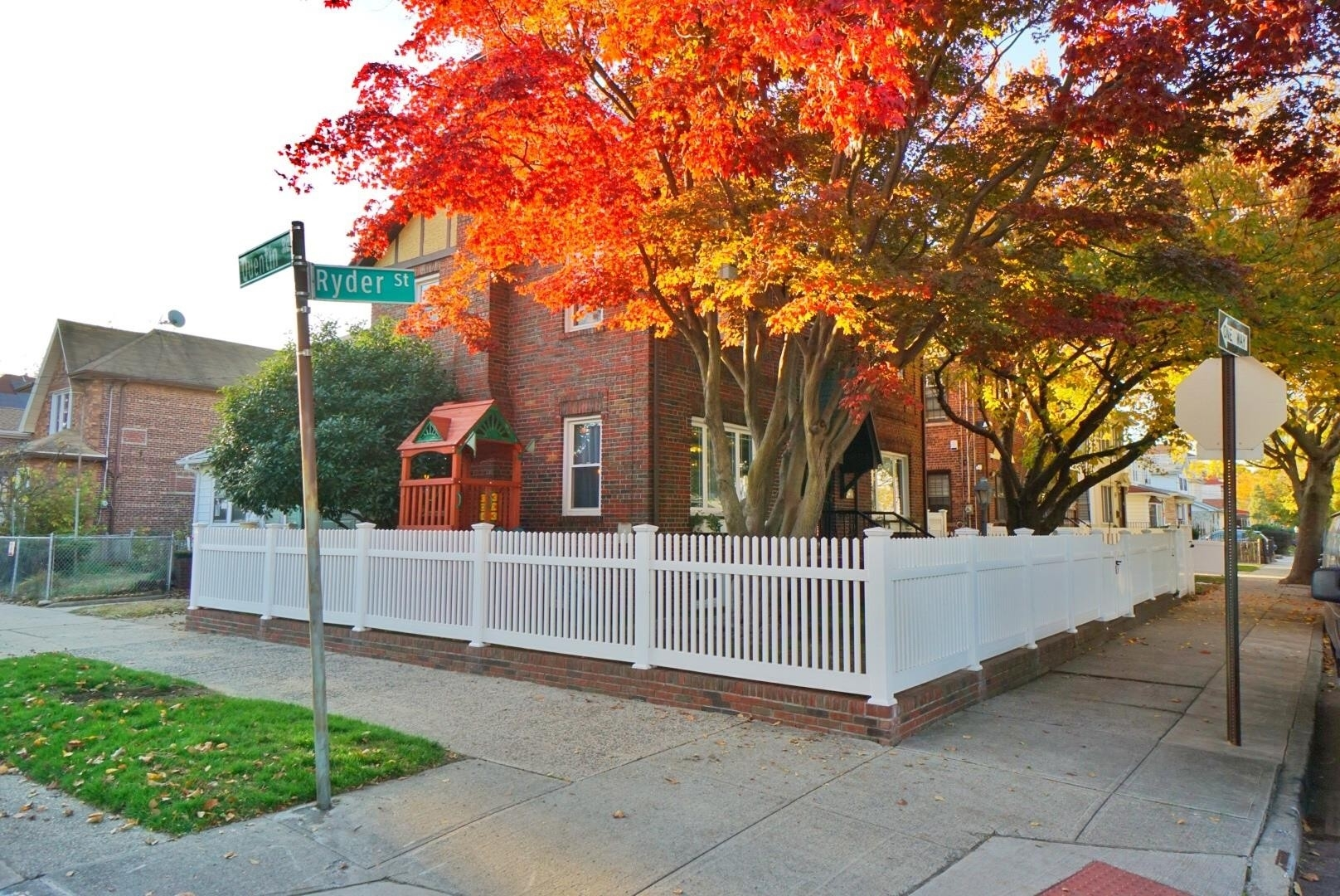 2. Single Family Townhouse for Sale at 1684 RYDER ST , TOWNHOUSE Marine Park, Brooklyn, NY 11234