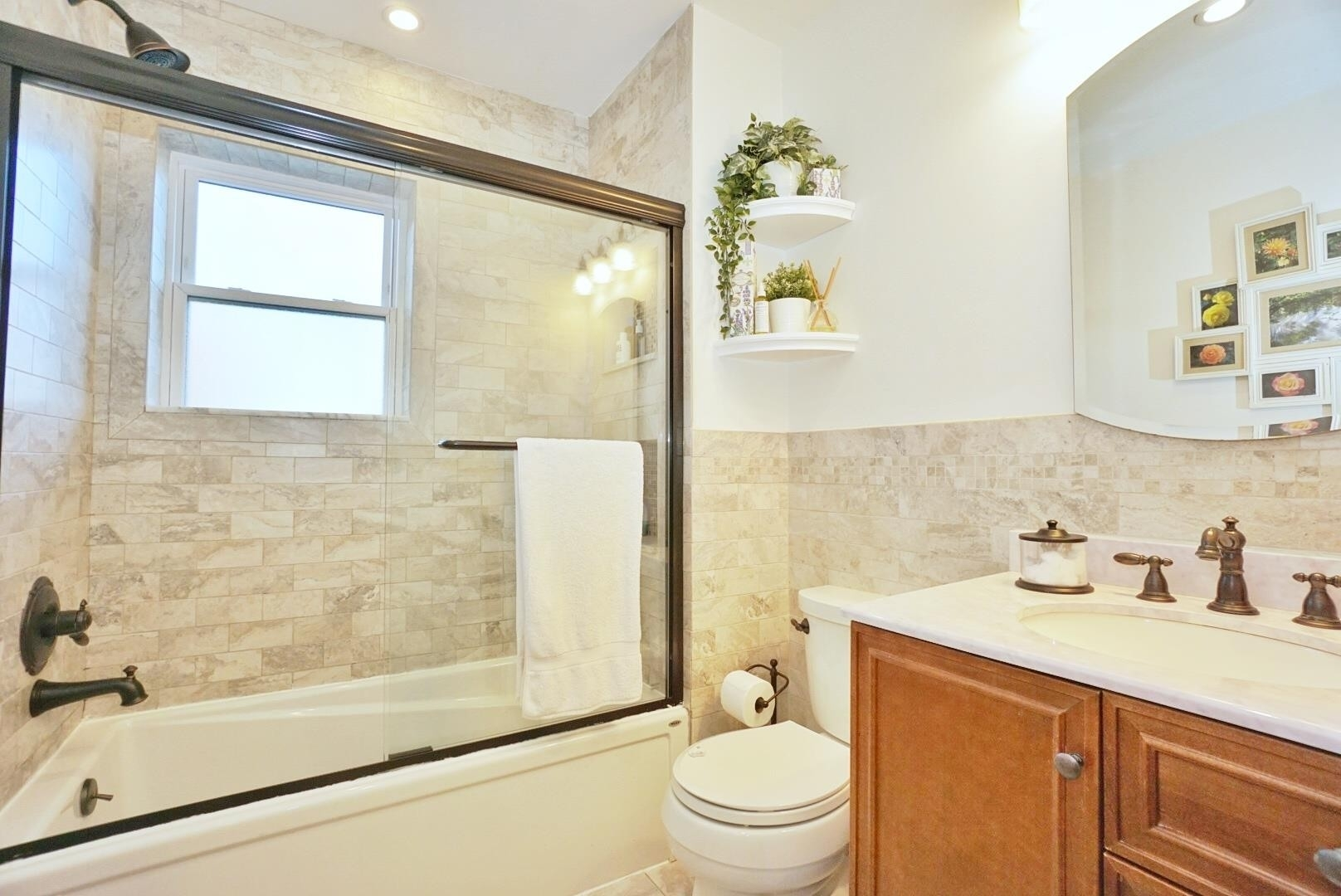 12. Single Family Townhouse for Sale at 1684 RYDER ST , TOWNHOUSE Marine Park, Brooklyn, NY 11234