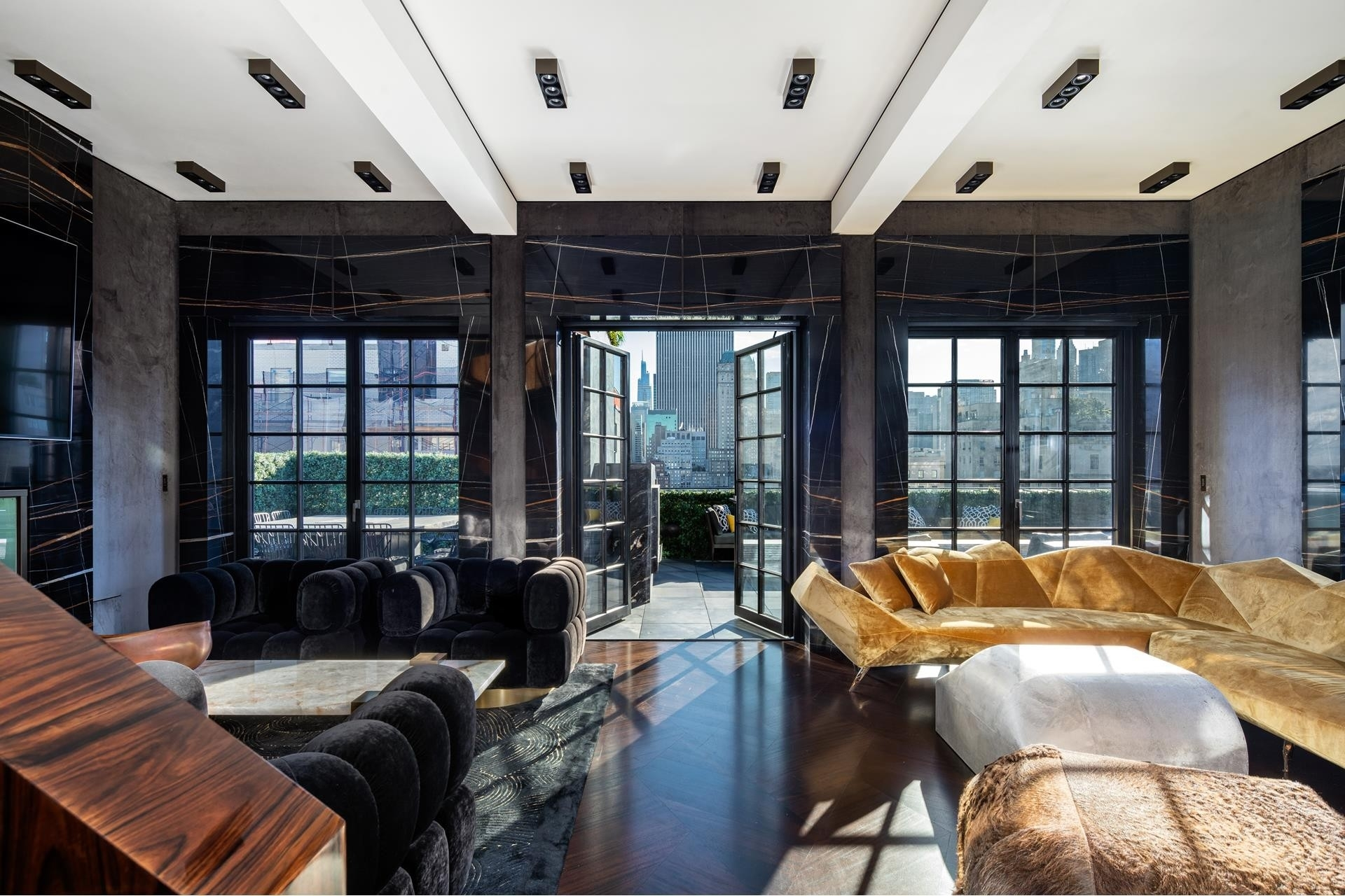 Condominium для того Продажа на The Marquand, 11 E 68TH ST , PHW Lenox Hill, New York, NY 10065