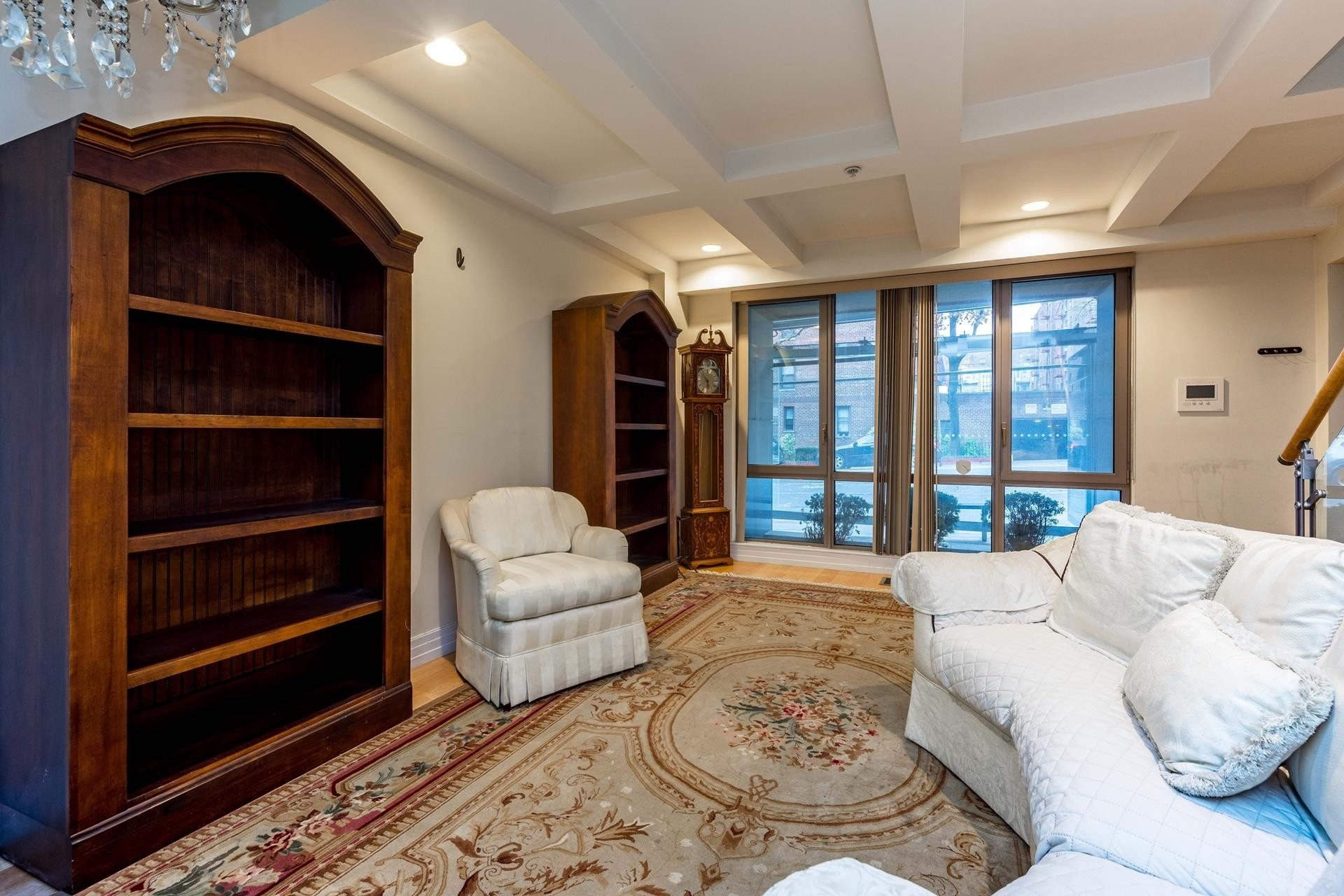 7. Condominiums for Sale at 64-05 Yellowstone Boulevard, 108 Forest Hills, Queens, NY 11375