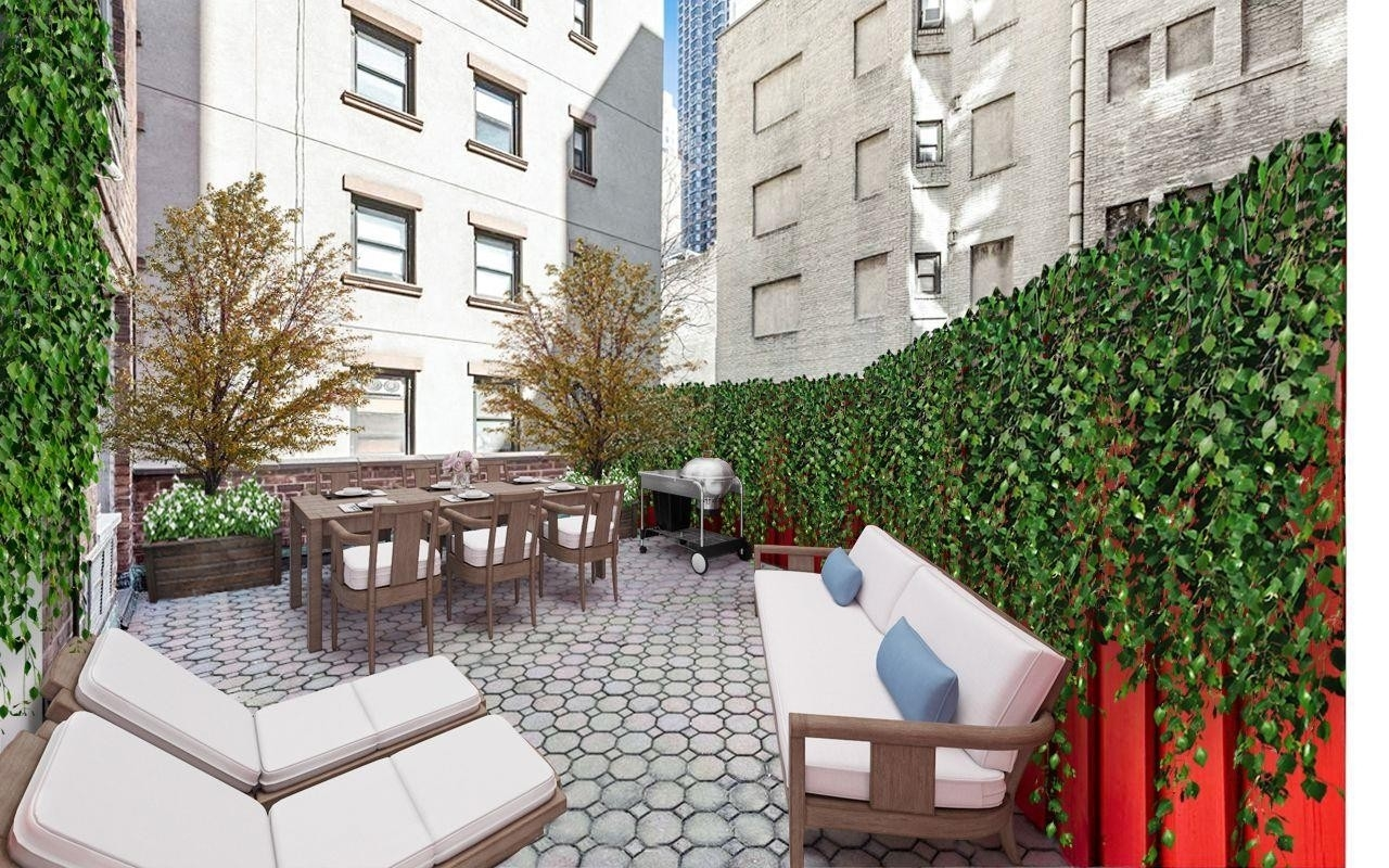 Co-op Properties at 201 East 37th St, 2GH Murray Hill, New York, NY 10016