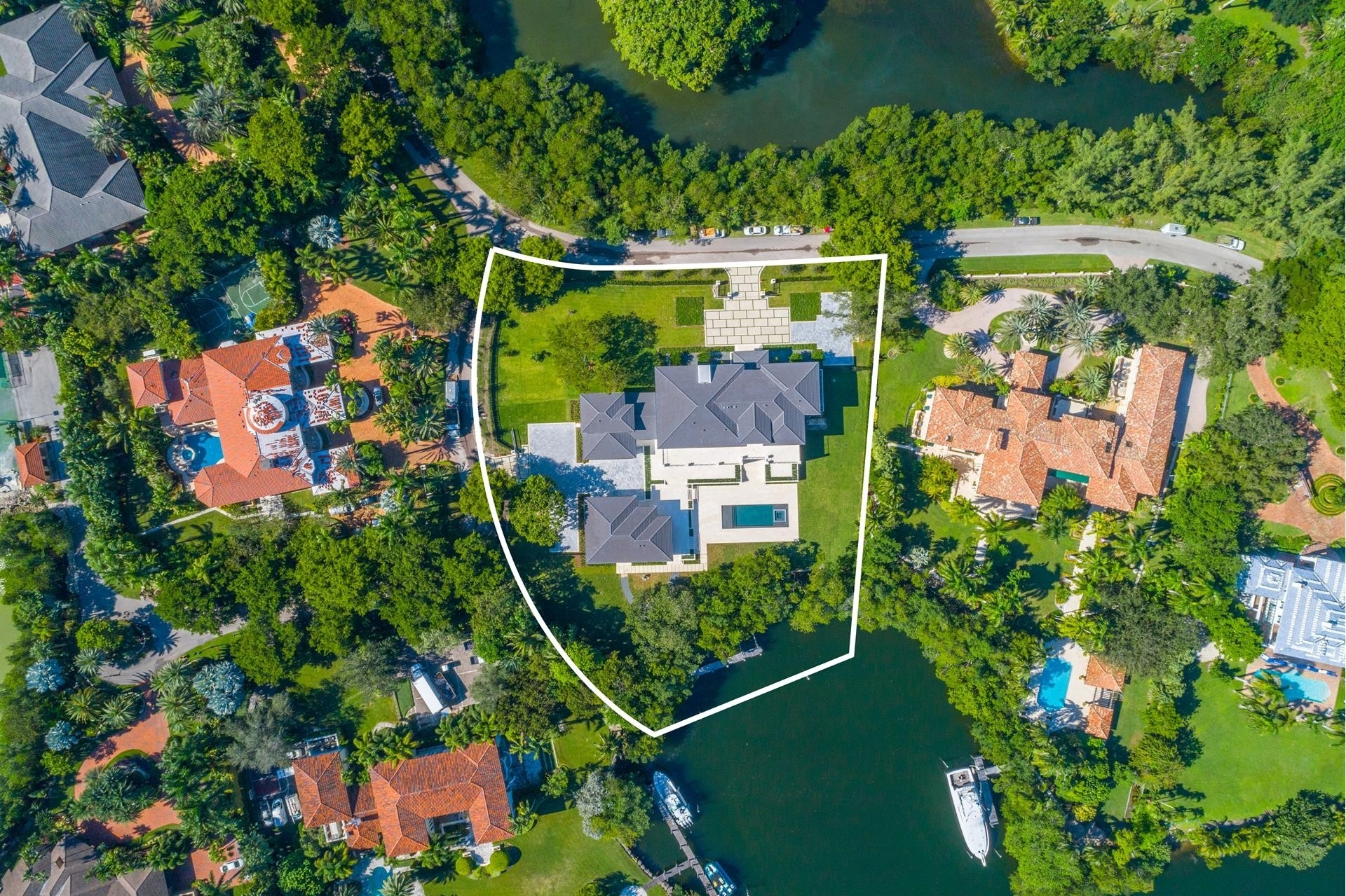 Single Family Home for Sale at Coral Gables, FL 33156