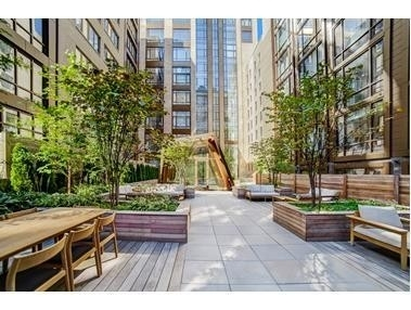 10. Condominiums for Sale at Gramercy Square, 215 E 19TH ST , 16C Gramercy Park, New York, NY 10003