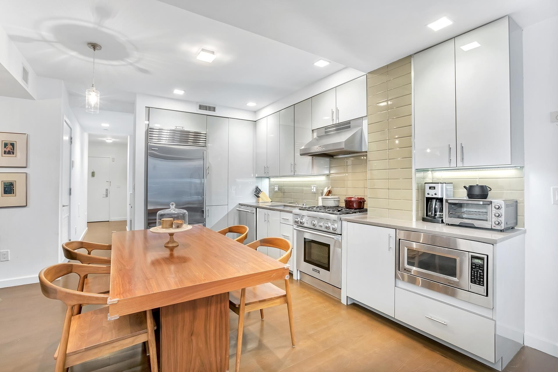 Property at Modern 19, 138 West 19th St, 1 Chelsea, New York, NY 10011