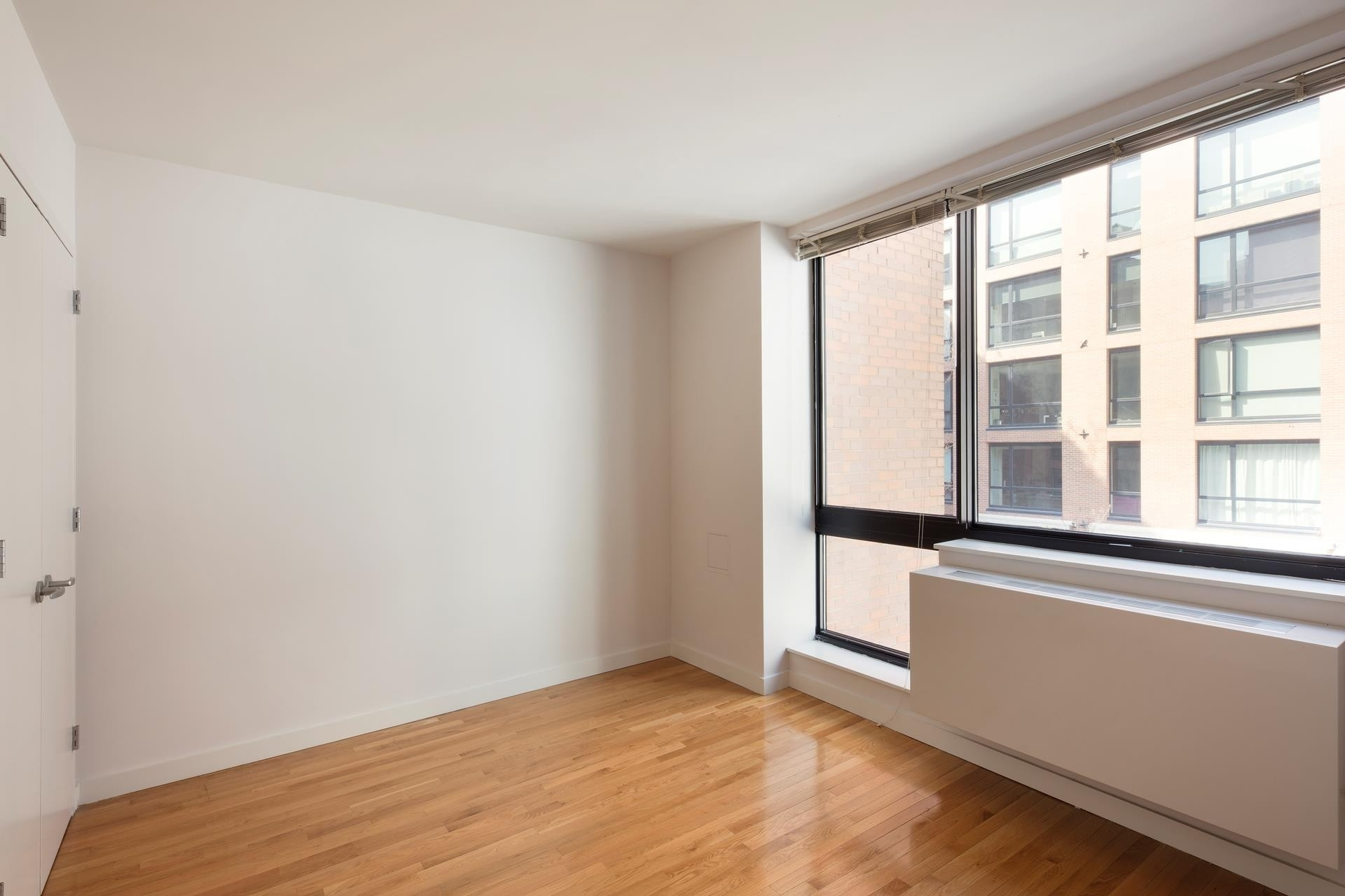 3. Rentals в 537 West 27th St, 4E New York