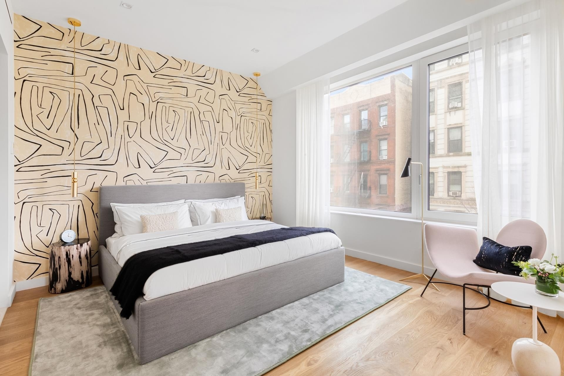 5. Condominiums для того Продажа на 32 E 1ST ST , 2C East Village, New York, NY 10003
