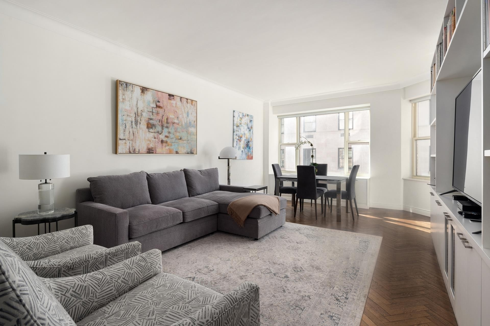 Property en 1 East 66th Street Corp., 1 East 66th St, 8E Lenox Hill, New York, NY 10021