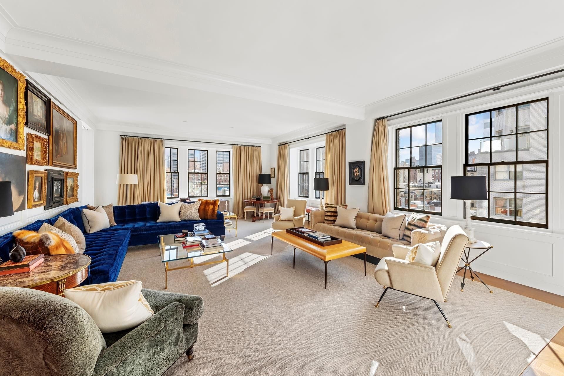 Condominium для того Продажа на The Marquand, 11 E 68TH ST , 9EAST Lenox Hill, New York, NY 10065