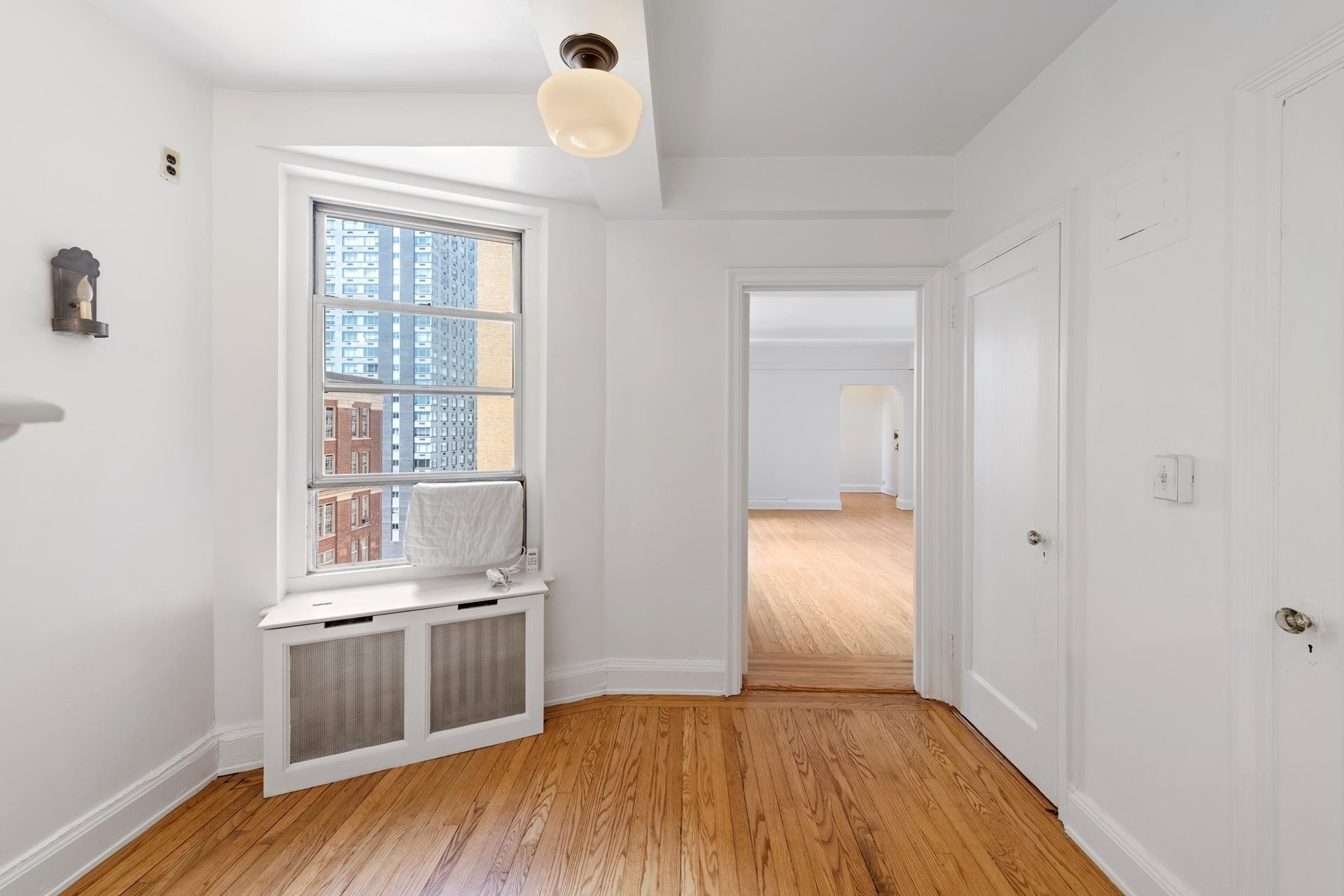 7. Co-op Properties for Sale at 315 E 68TH ST , 11J Lenox Hill, New York, NY 10065
