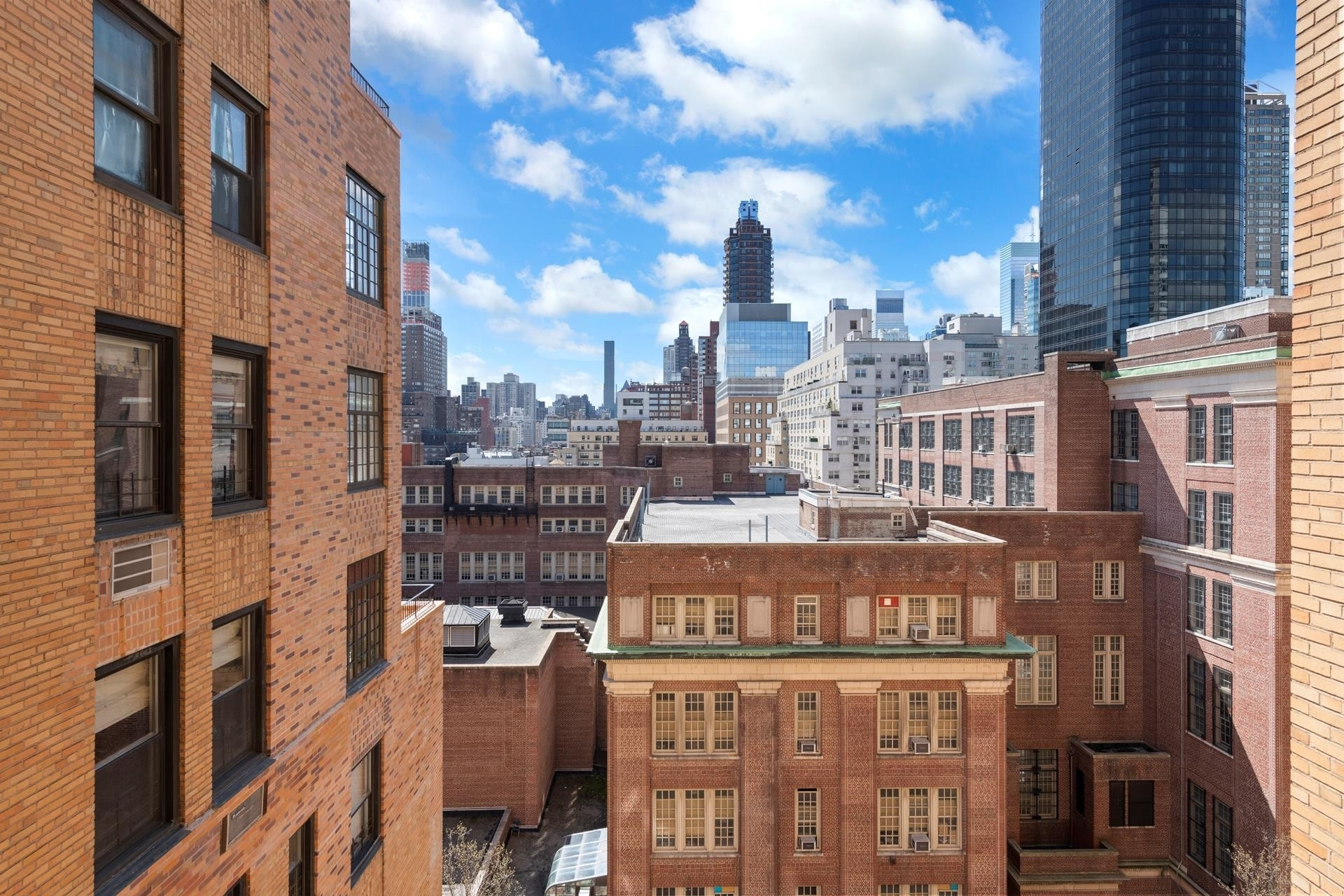 5. Co-op Properties for Sale at 315 E 68TH ST , 11J Lenox Hill, New York, NY 10065