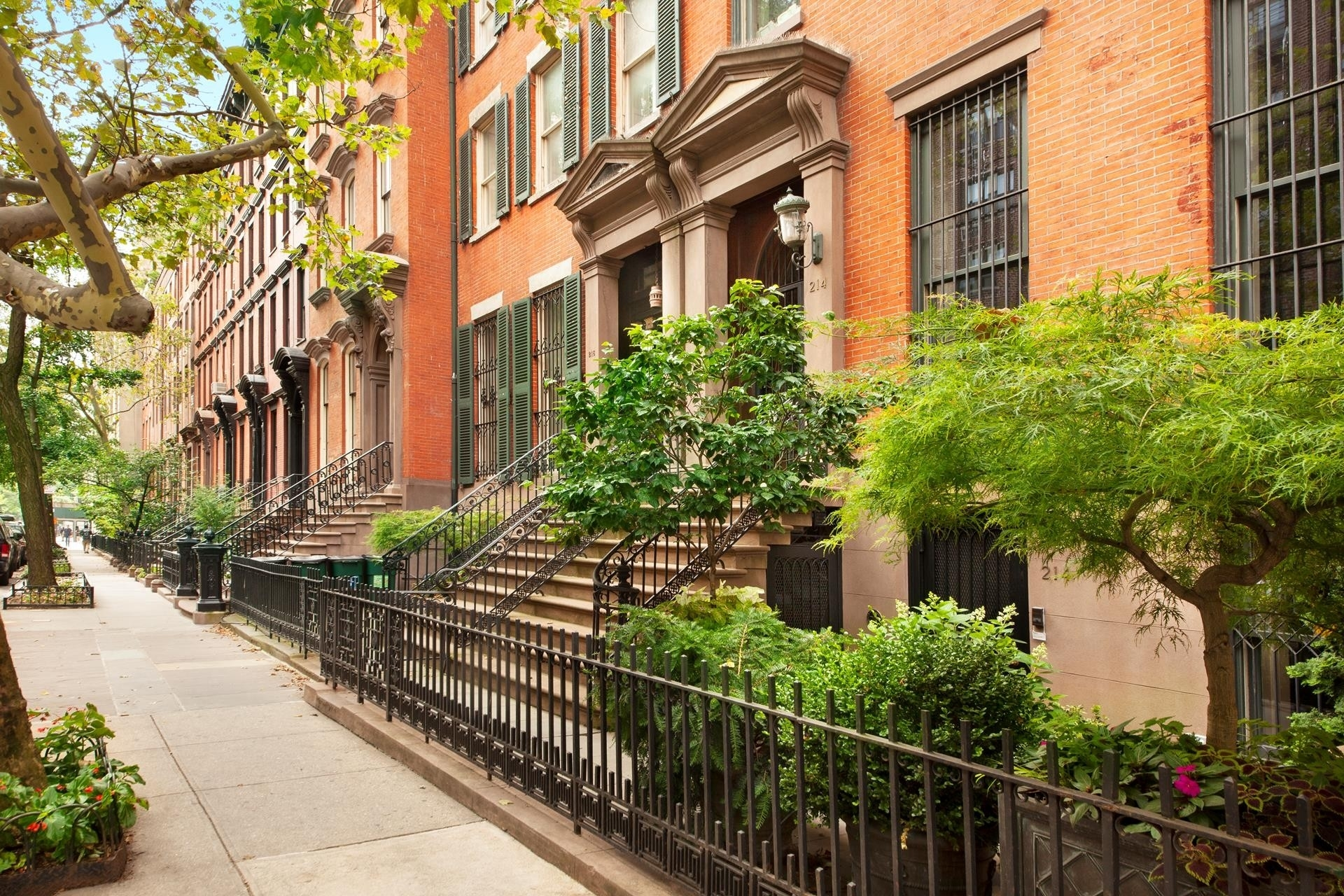 Casa unifamiliar unifamiliar por un Venta en 214 E 18TH ST , TOWNHOUSE Gramercy Park, New York, NY 10003
