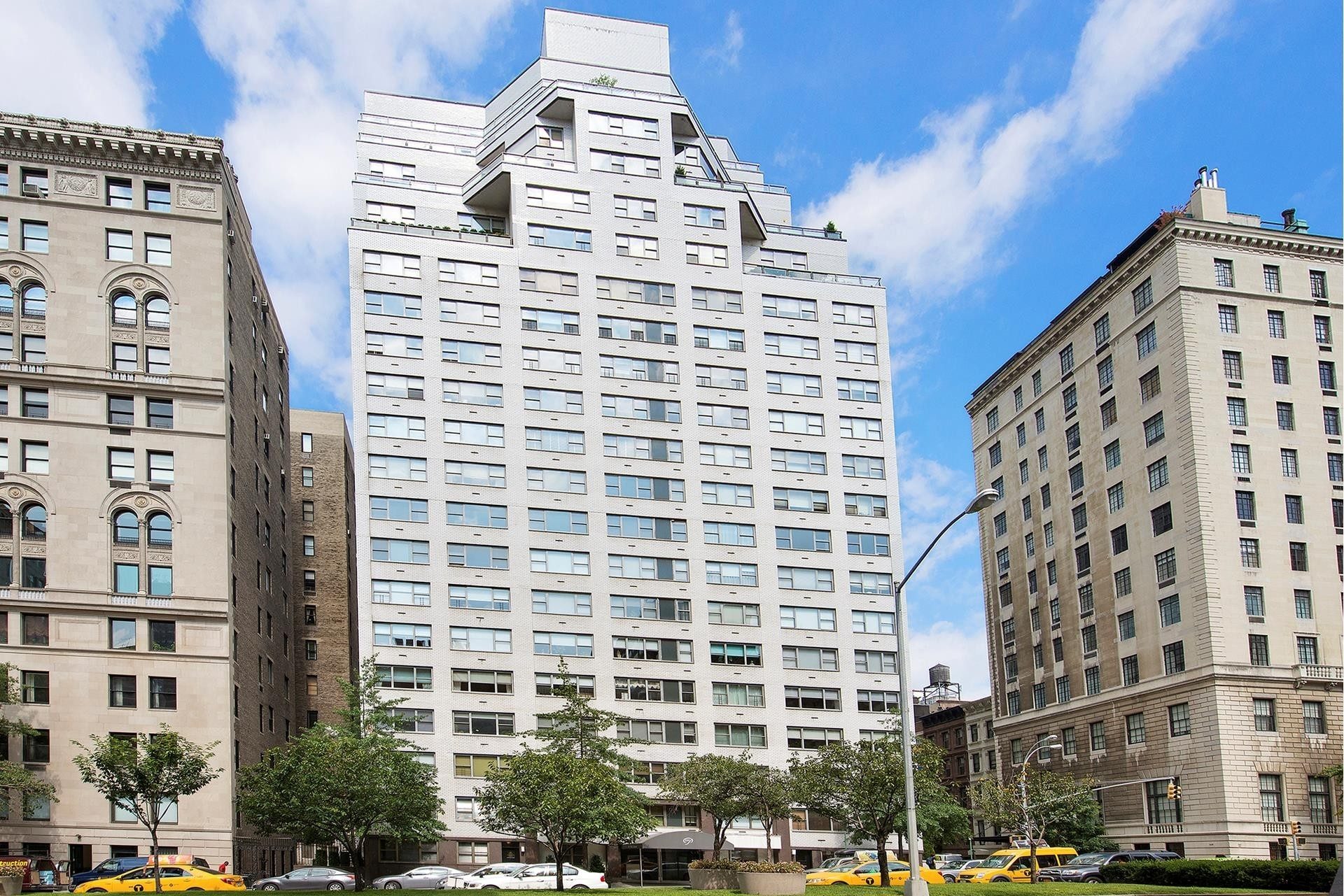 13. Co-op Properties for Sale at 650 PARK AVE , 19B Lenox Hill, New York, NY 10065