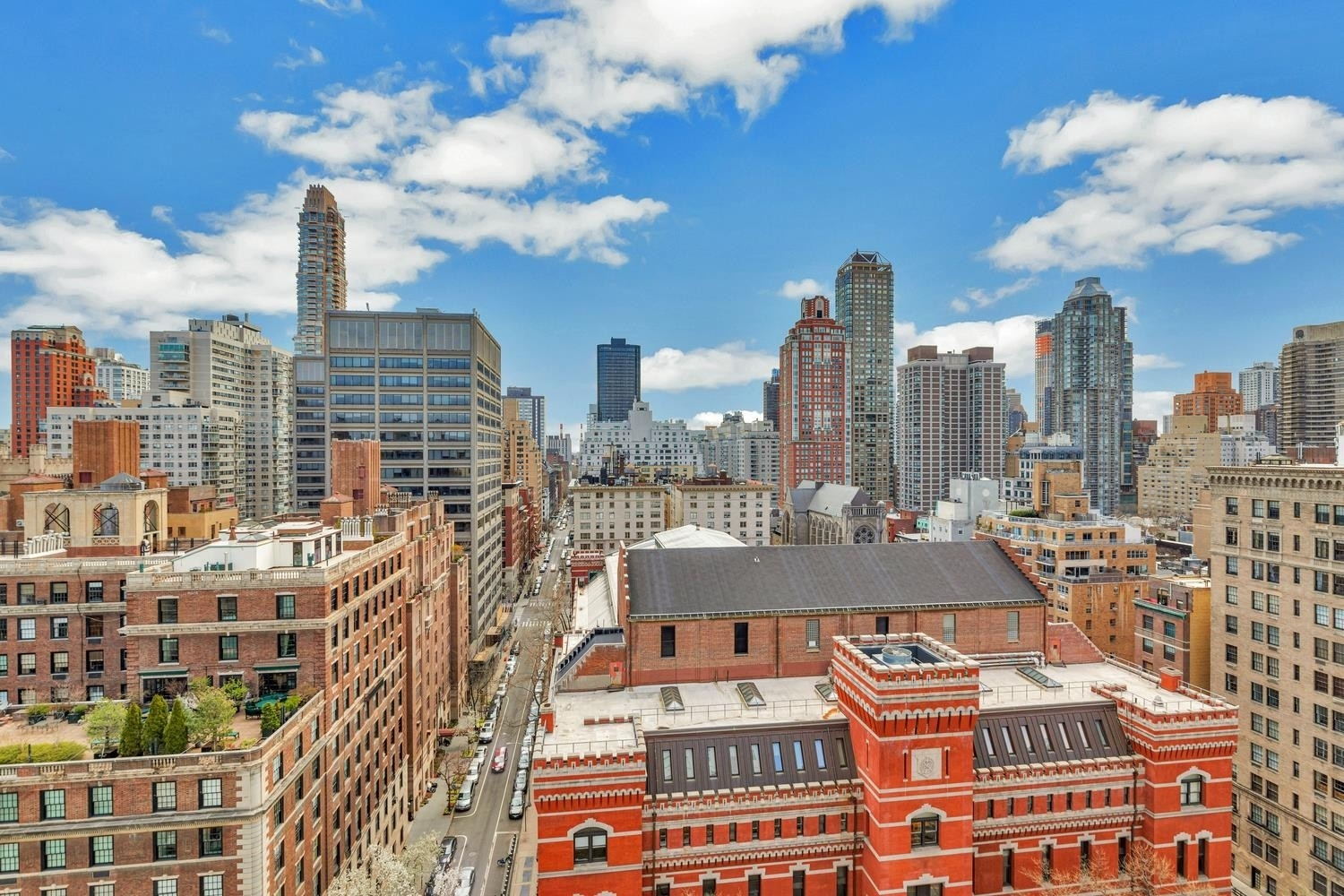 11. Co-op Properties for Sale at 650 PARK AVE , 19B Lenox Hill, New York, NY 10065
