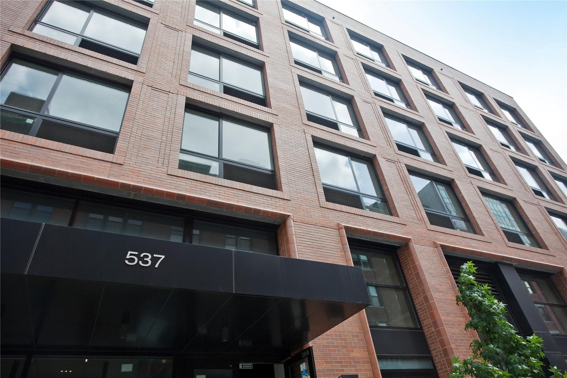 5. Rentals в 537 West 27th St, 4E New York