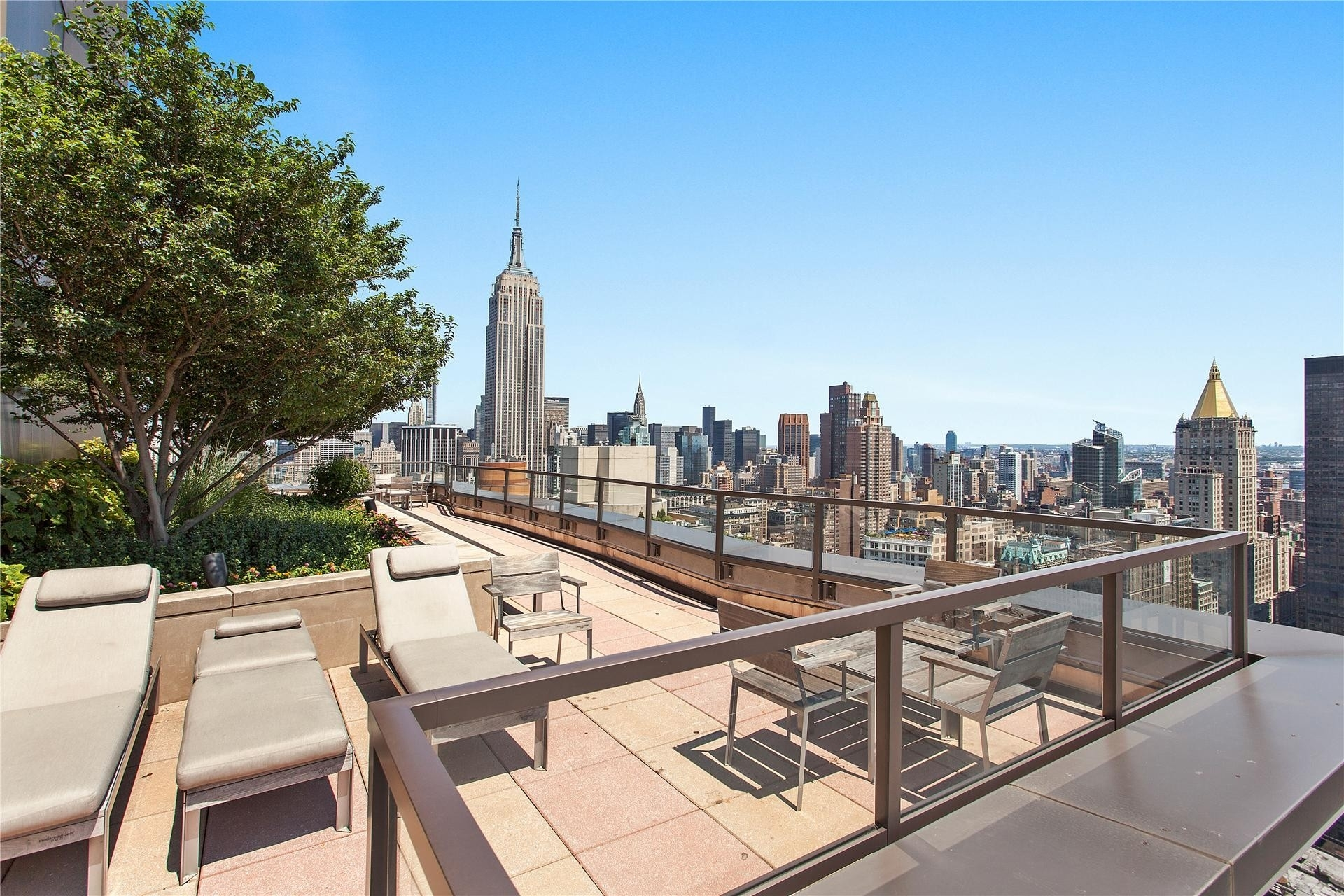 19. Condominiums for Sale at Chelsea Stratus, 101 W 24TH ST , PH1C Chelsea, New York, NY 10011