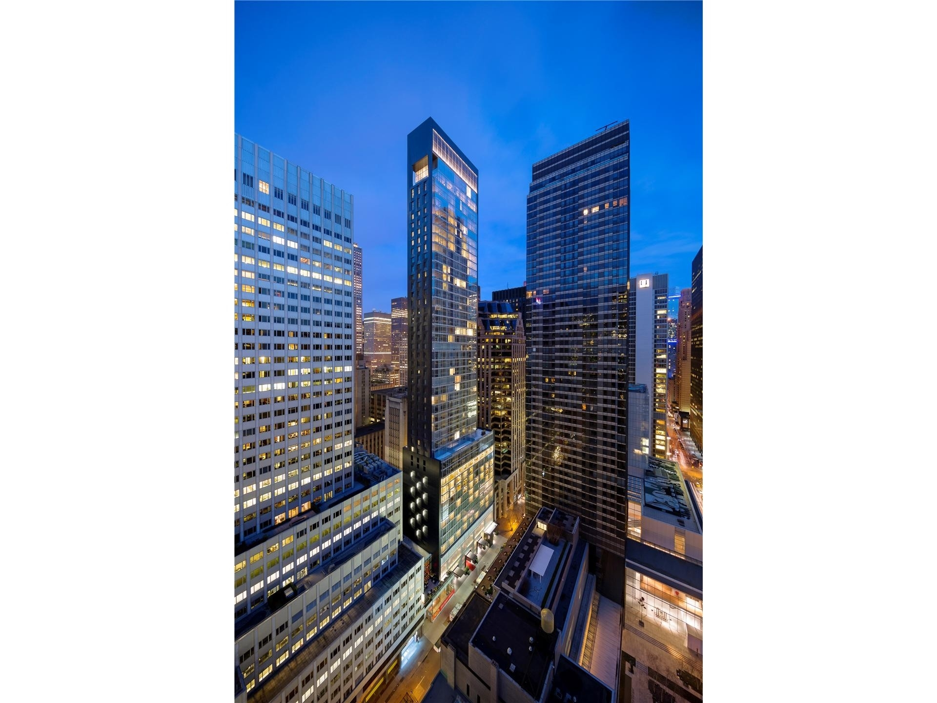 23. Condominiums for Sale at BACCARAT HOTEL & RESIDENCES, 20 West 53rd St, PH48/49 Midtown West, New York, NY 10019