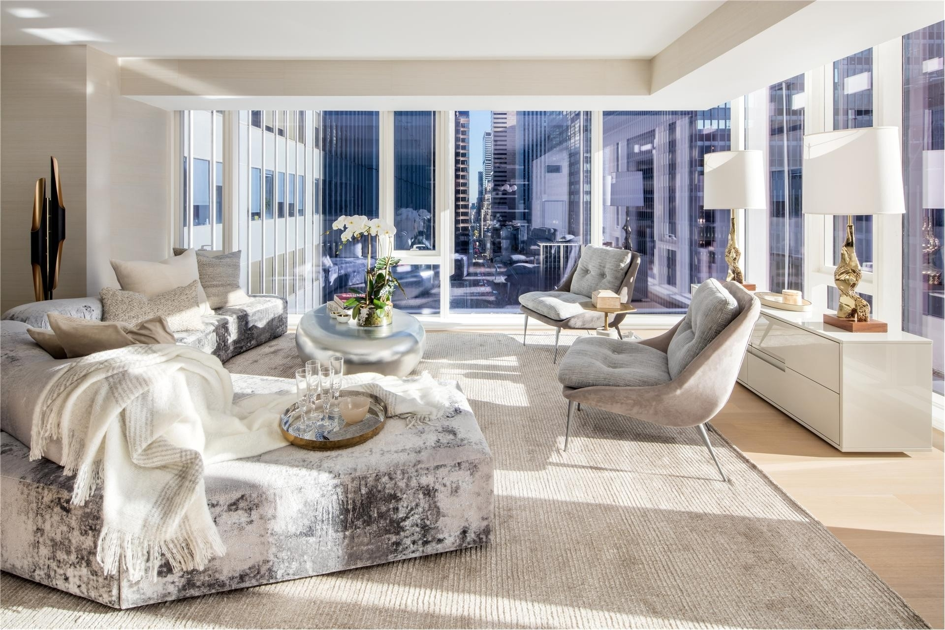 Condominium at 135 West 52nd St, 19A Theater District - Times Square, New York