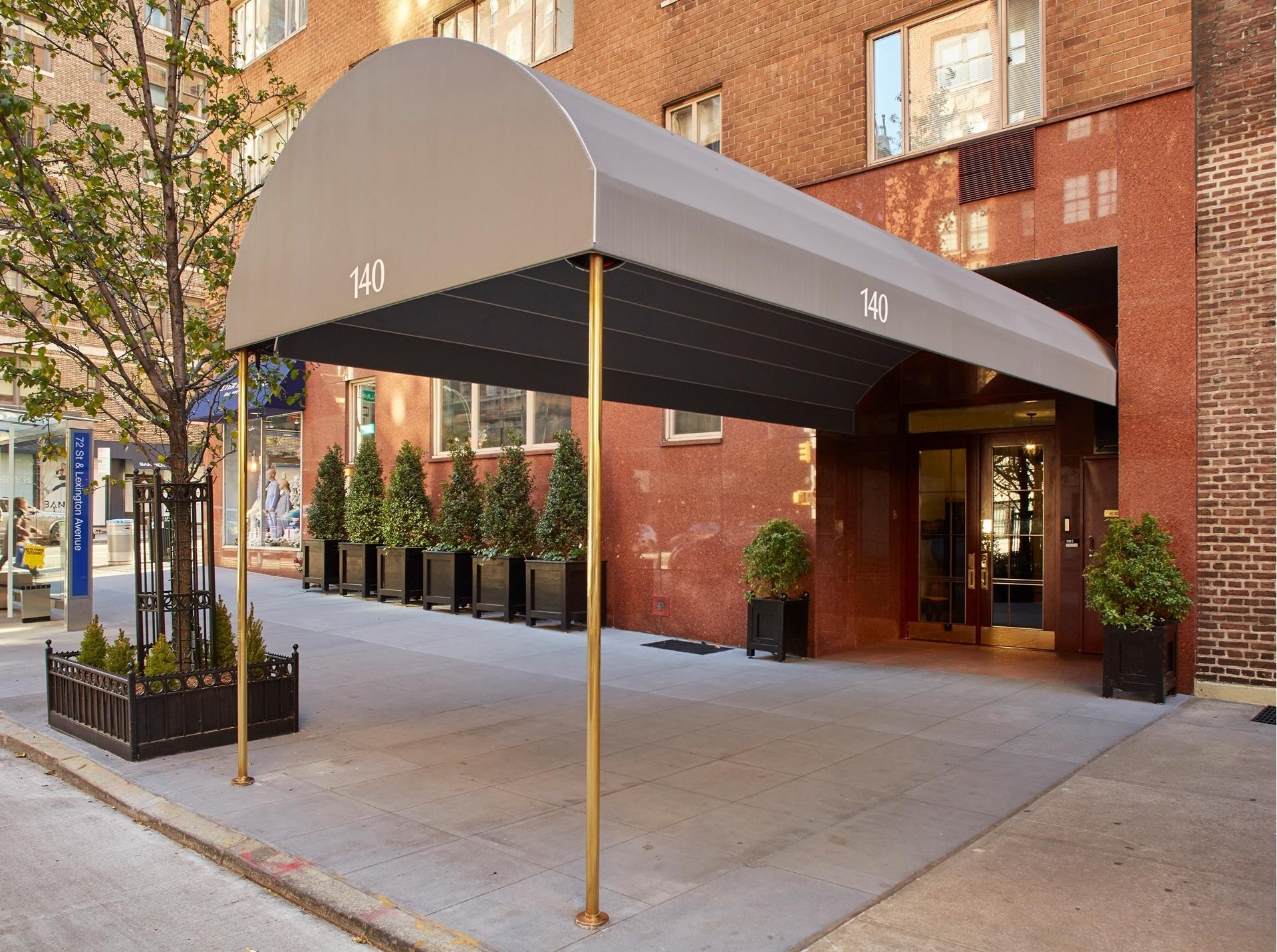 13. Co-op Properties for Sale at 71 Street-Lexington Corp., 140 East 72nd St, 3C Lenox Hill, New York, NY 10021