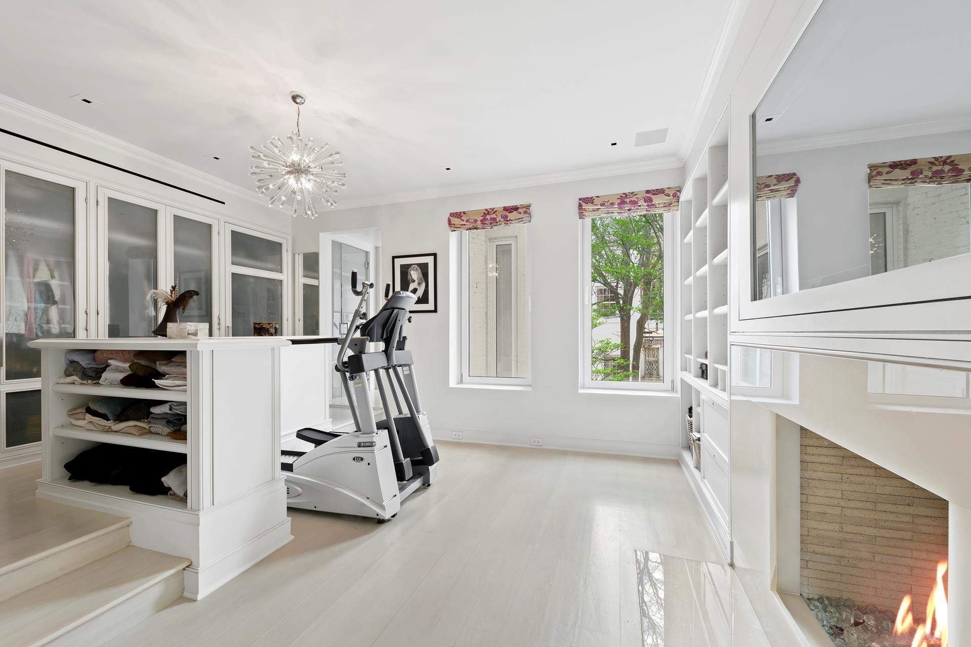 9. Single Family Townhouse por un Venta en 114 E 65TH ST , TOWNHOUSE Lenox Hill, New York, NY 10065