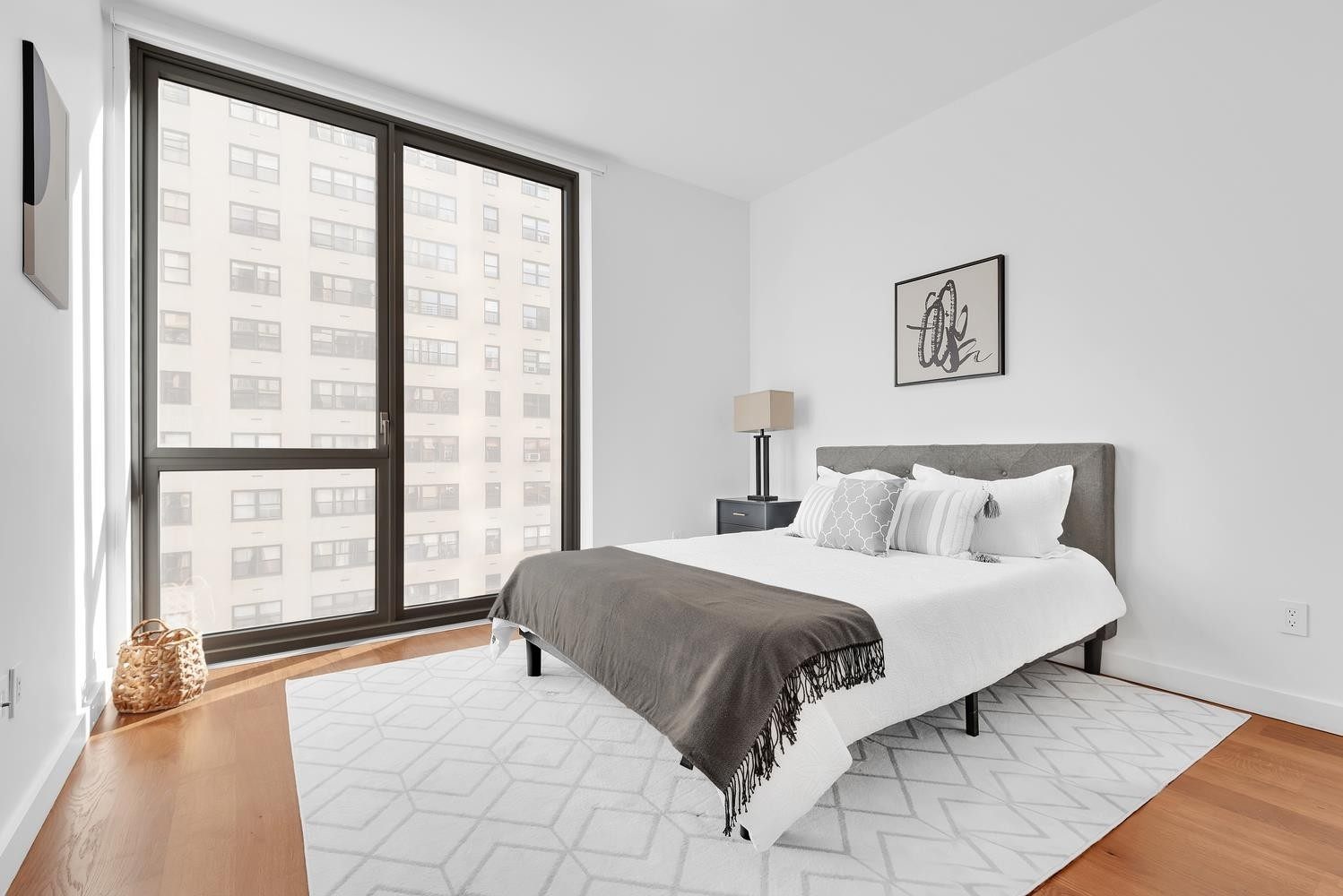 3. Condominiums for Sale at Citizen360, 360 E 89TH ST , 5C Yorkville, New York, NY 10128