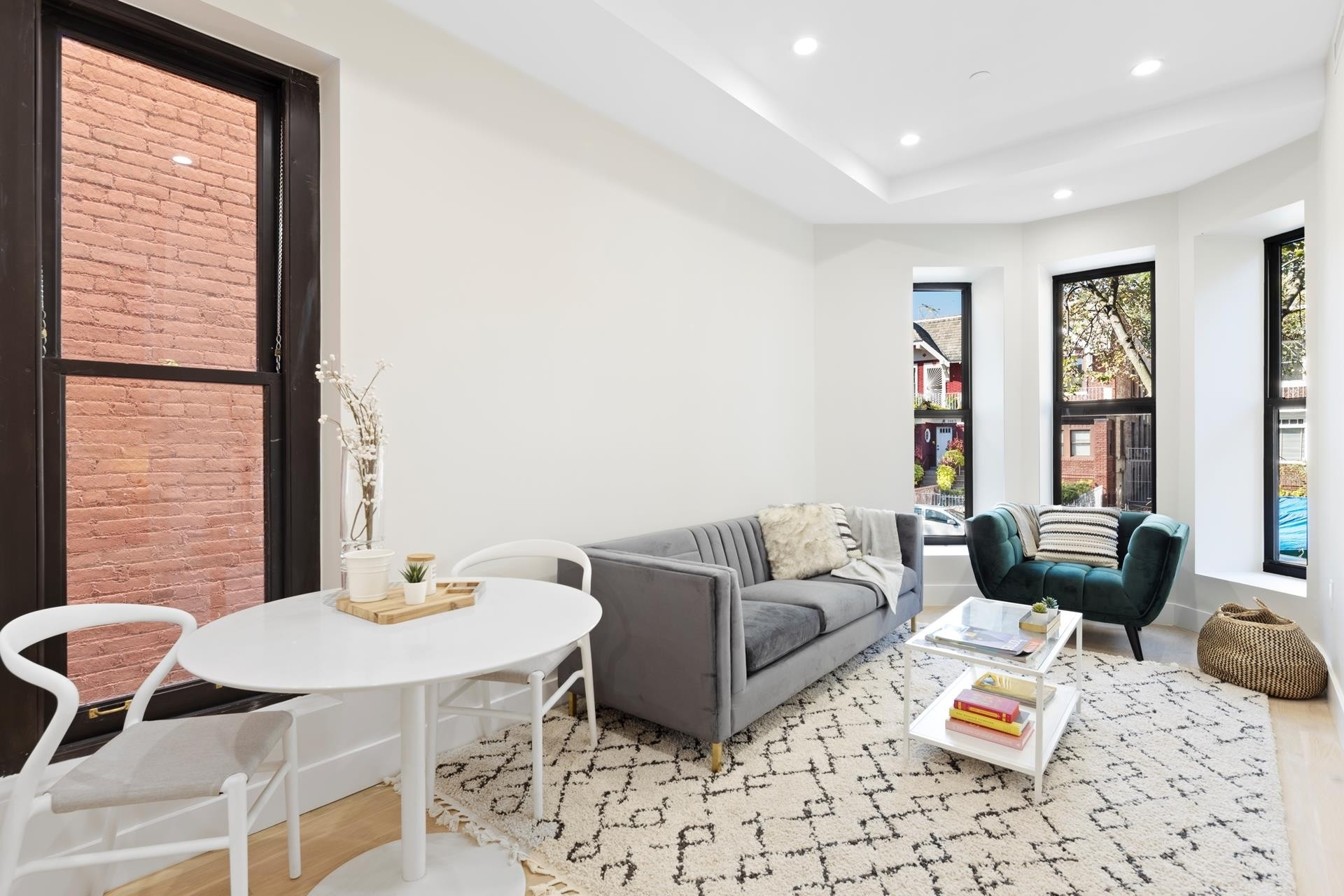 Condominium для того Продажа на 1090 Carroll St, 2F Crown Heights, Brooklyn, NY 11225