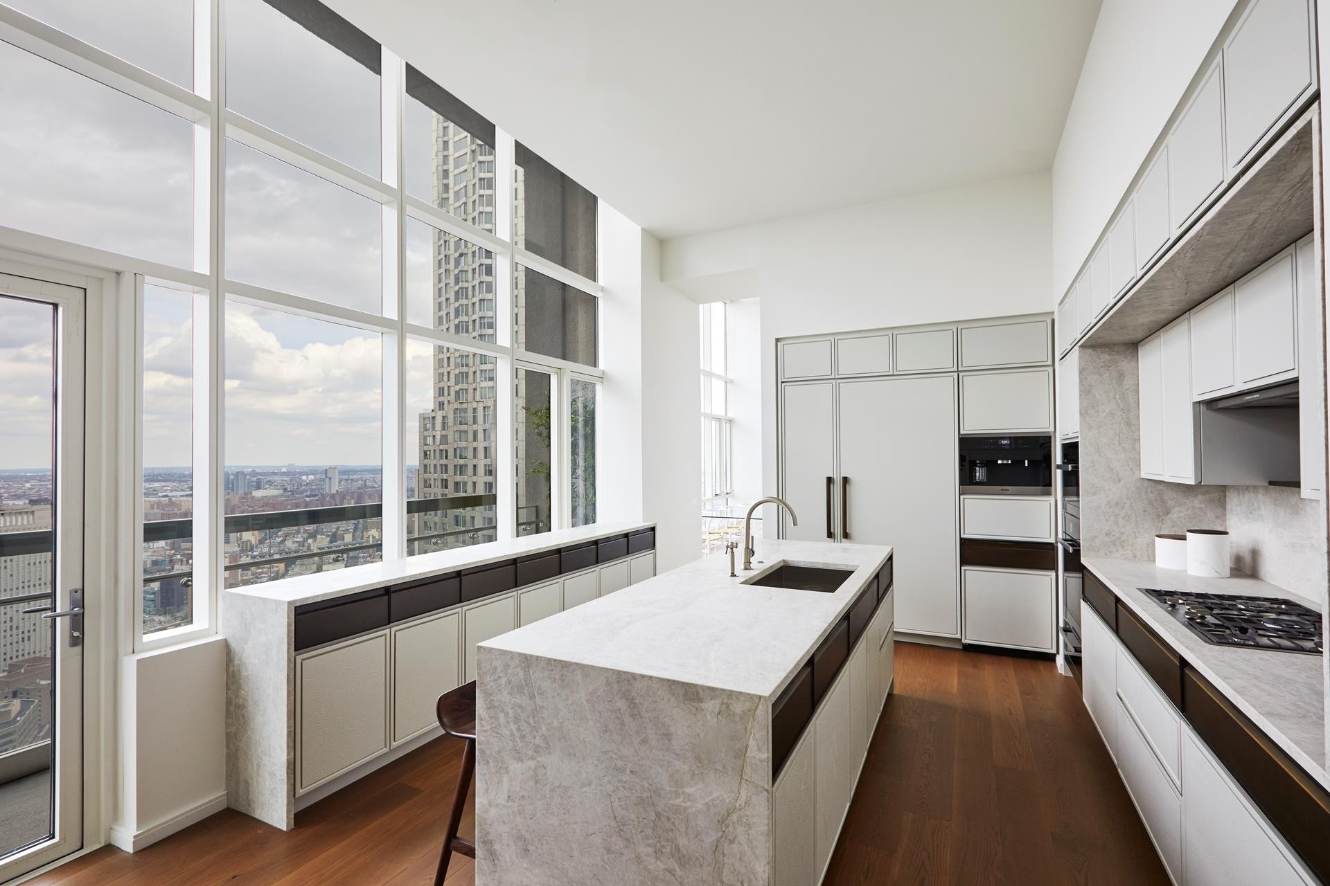 5. Condominiums for Sale at The Beekman Residences, 5 Beekman St, PH Financial District, New York, NY 10038