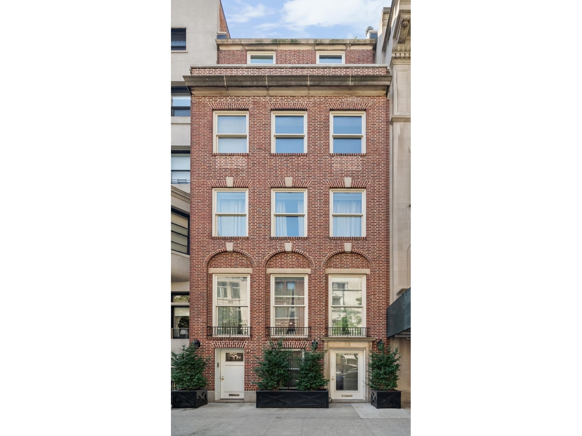 Single Family Townhouse for Sale at 12 E 80TH ST , TOWNHOUSE Upper East Side, New York, NY 10075