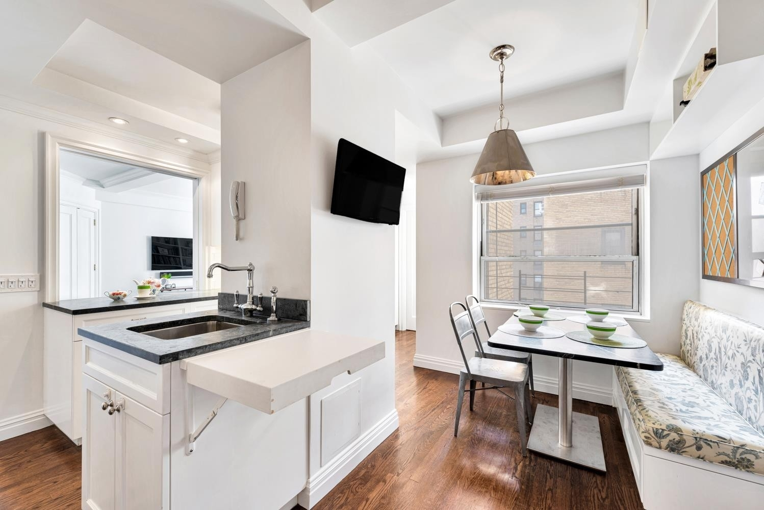 4. Co-op Properties for Sale at 315 E 68TH ST , 11K Lenox Hill, New York, NY 10065