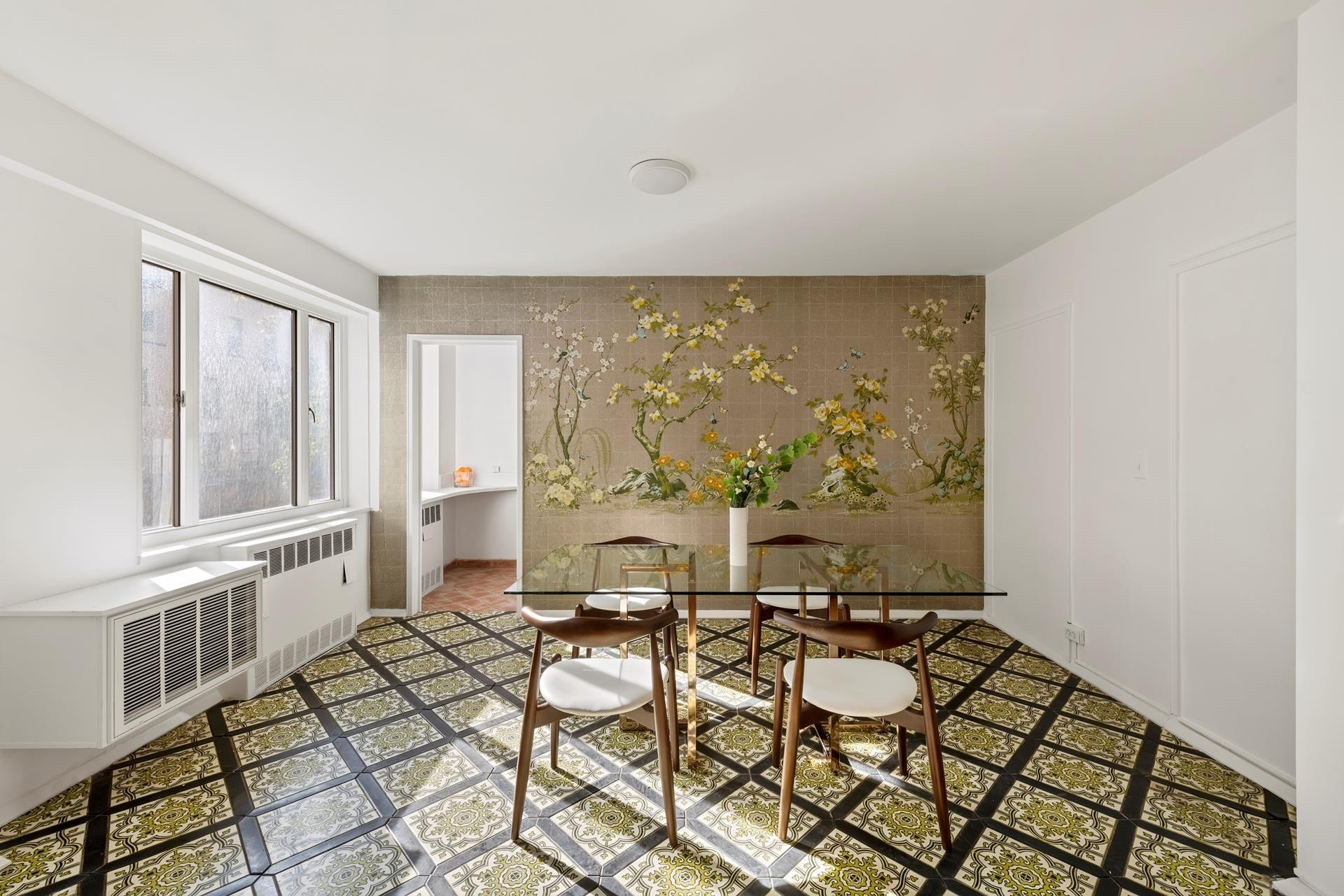 8. Co-op Properties for Sale at 71 Street-Lexington Corp., 140 East 72nd St, 3C Lenox Hill, New York, NY 10021