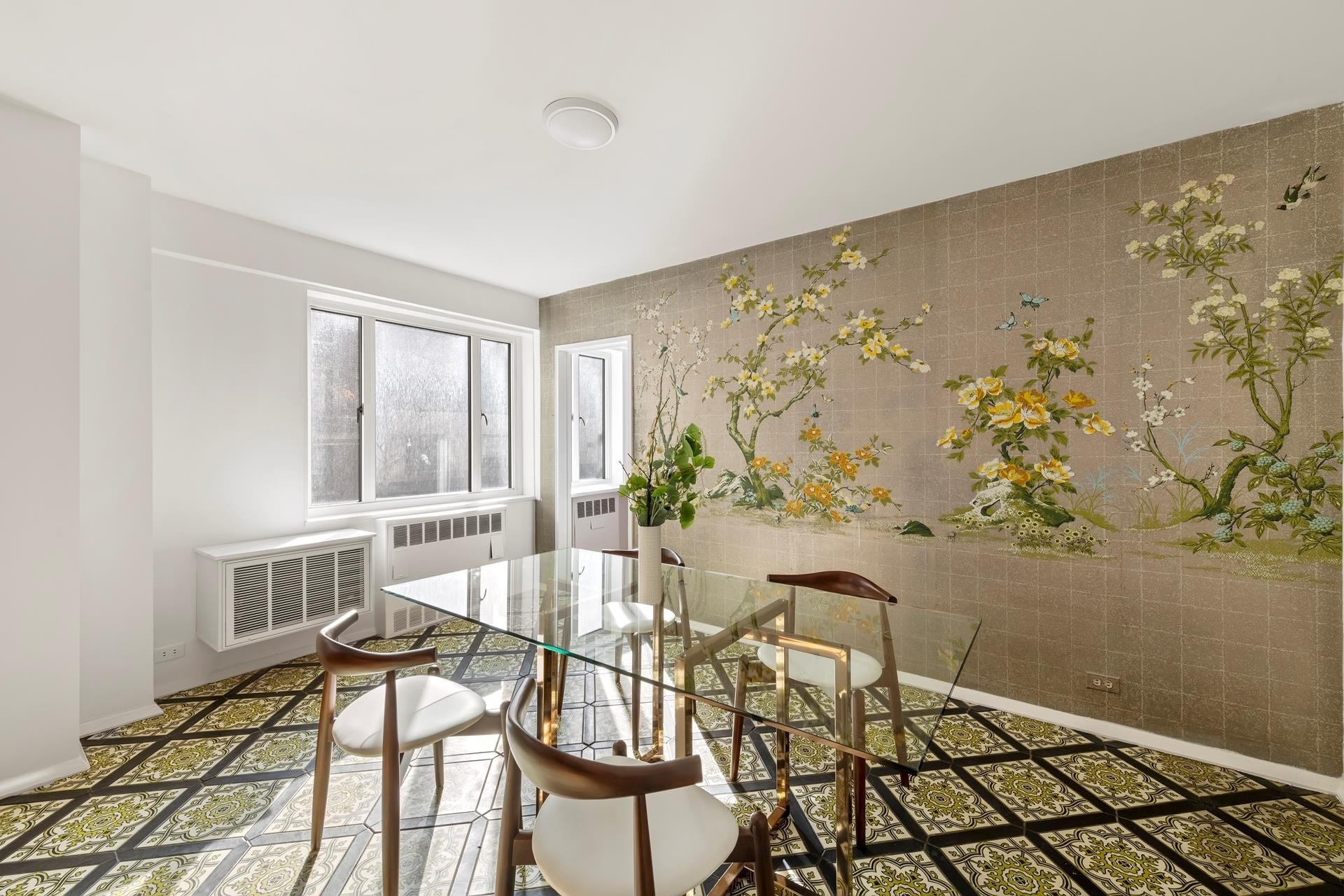 9. Co-op Properties for Sale at 71 Street-Lexington Corp., 140 East 72nd St, 3C Lenox Hill, New York, NY 10021