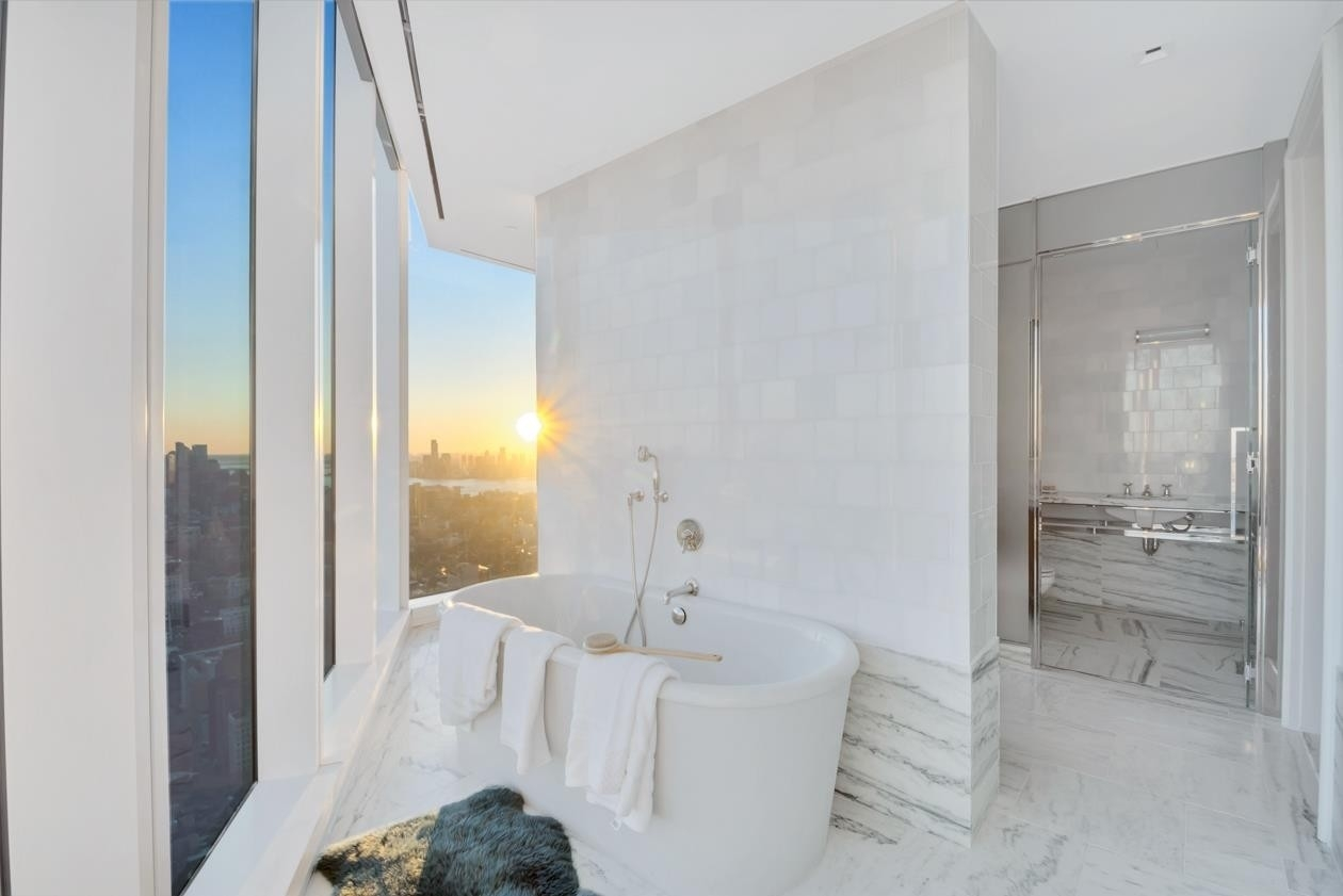 7. Condominiums for Sale at Madison Square Park Tower, 45 E 22ND ST , 60 Flatiron District, New York, NY 10010