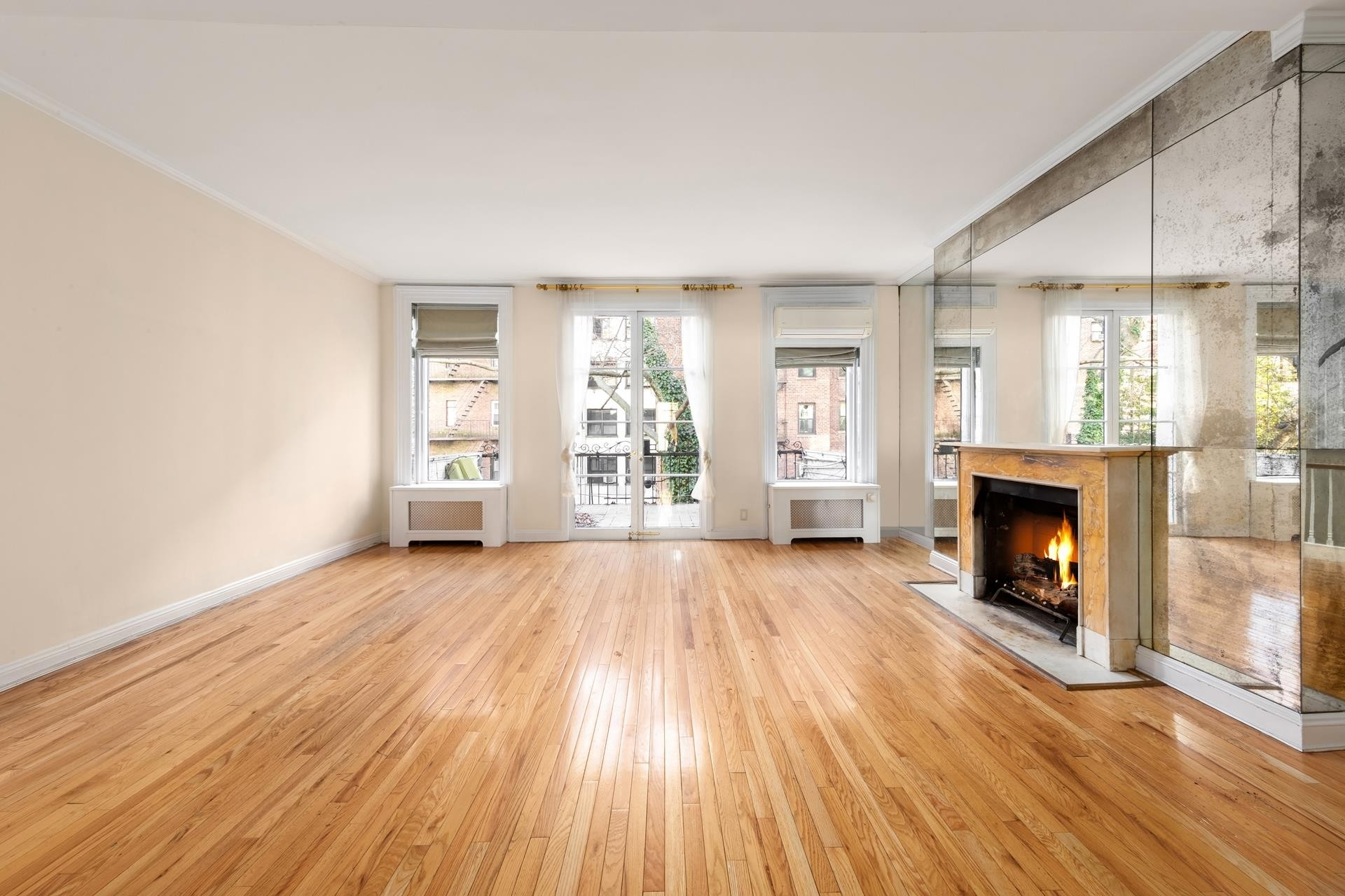 Multi Family Townhouse at 226 East 62nd St, DUPLEX Lenox Hill, New York, NY 10021