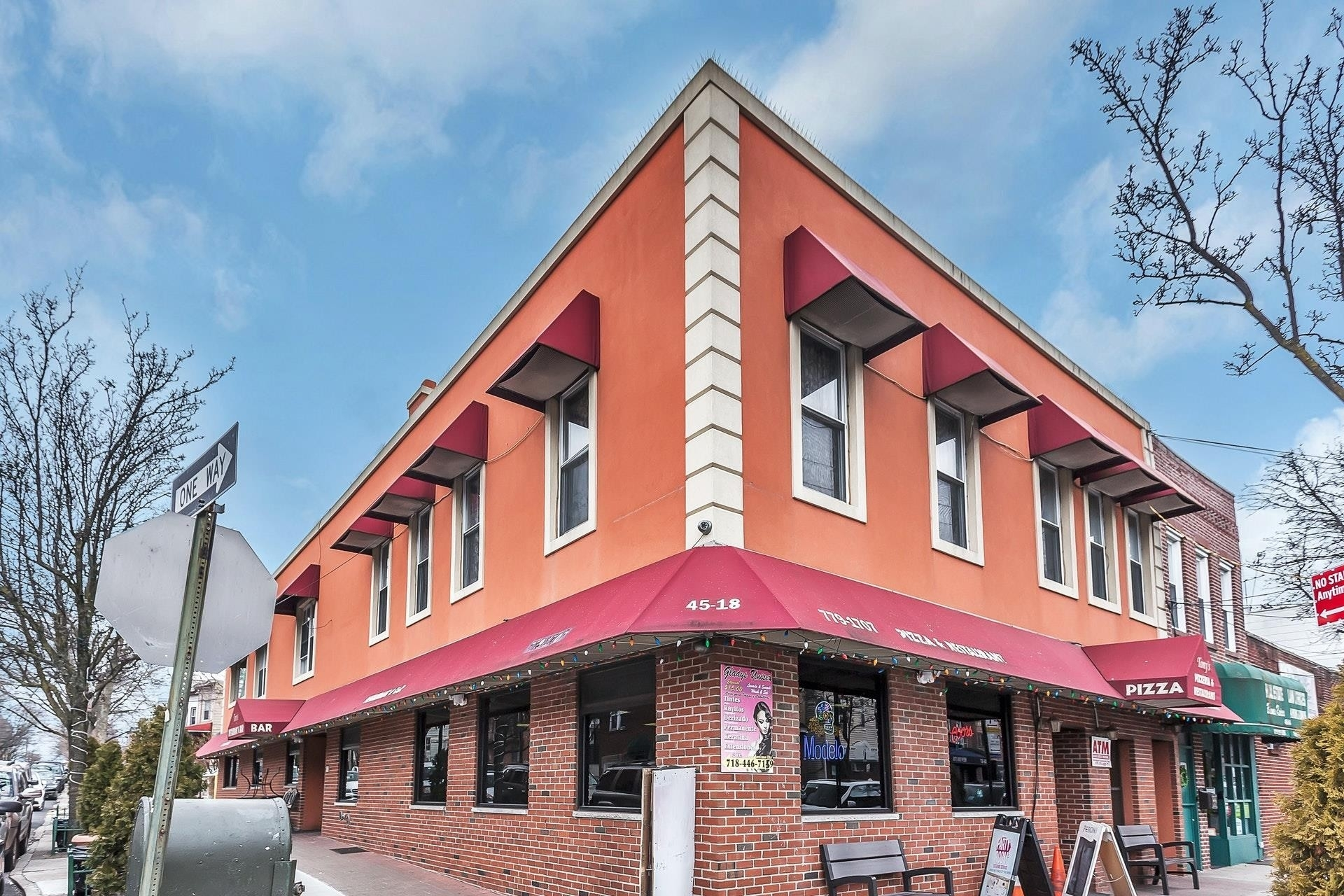 Retail Leases 為 特賣 在 South Corona, Queens, NY 11368