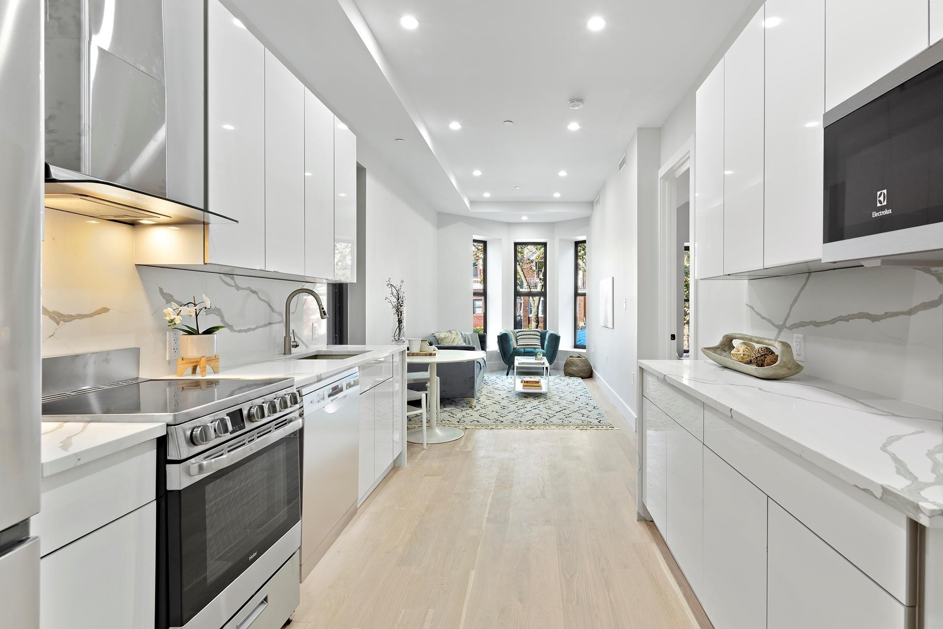 Condominium для того Продажа на 1090 Carroll St, 3R Crown Heights, Brooklyn, NY 11225