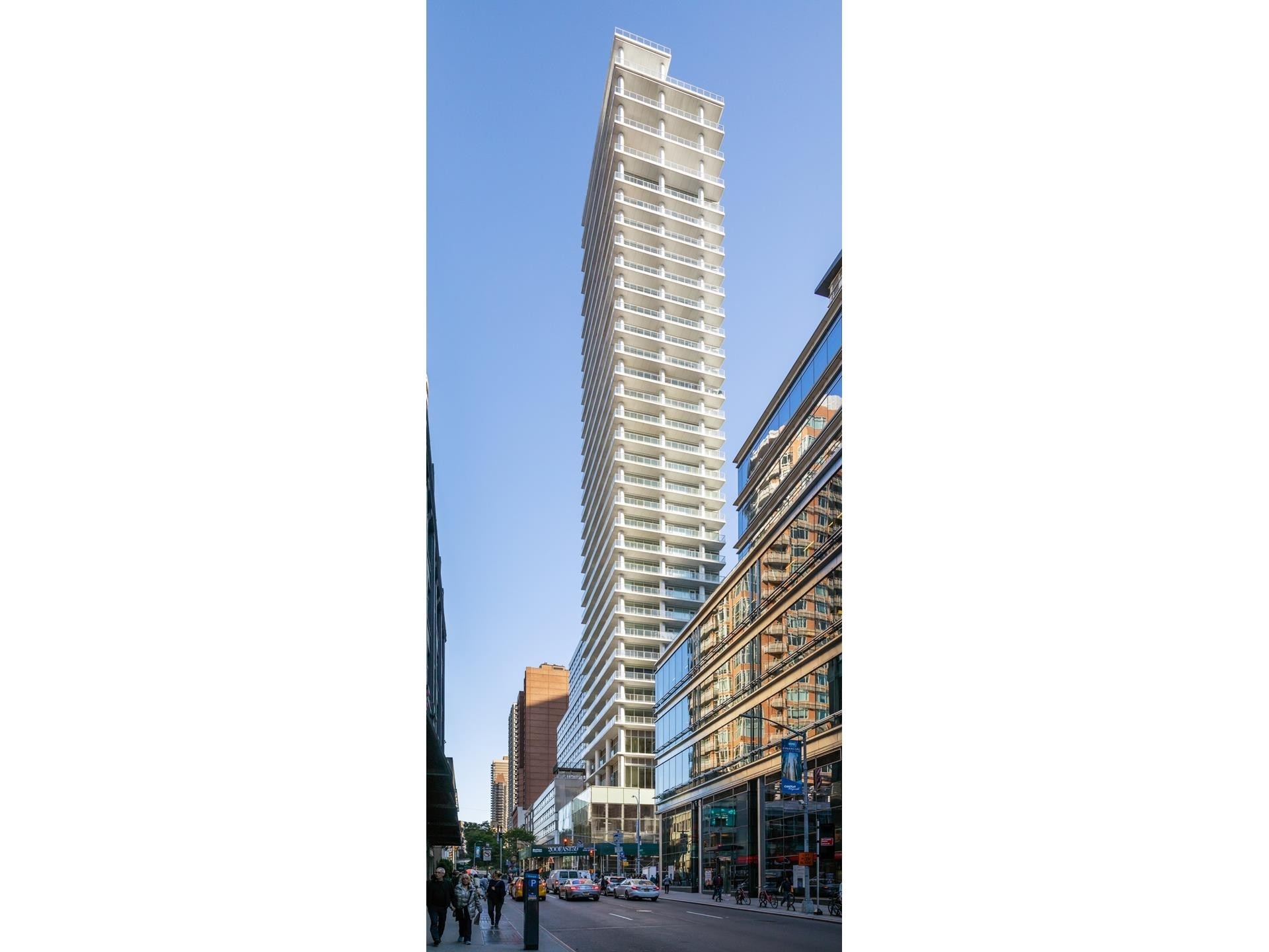 2. Condominiums for Sale at 200 East 59th St, 19E Midtown Manhattan, New York, NY 10022