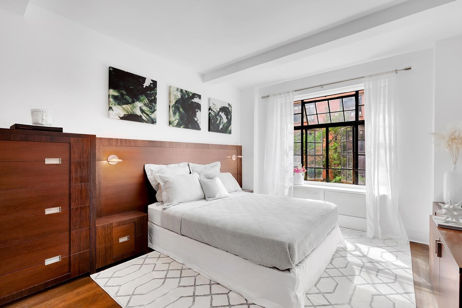 9. Co-op Properties for Sale at GRAMERCY OWNERS LTD, 44 Gramercy Park North, 4C Gramercy Park, New York, NY 10010