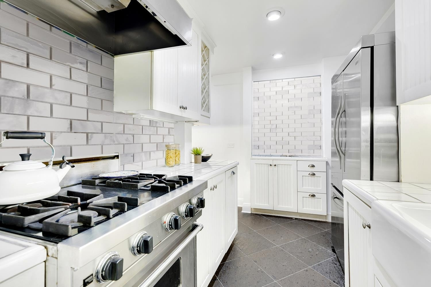 6. Co-op Properties for Sale at GRAMERCY OWNERS LTD, 44 GRAMERCY PARK N, 4C Gramercy Park, New York, NY 10010