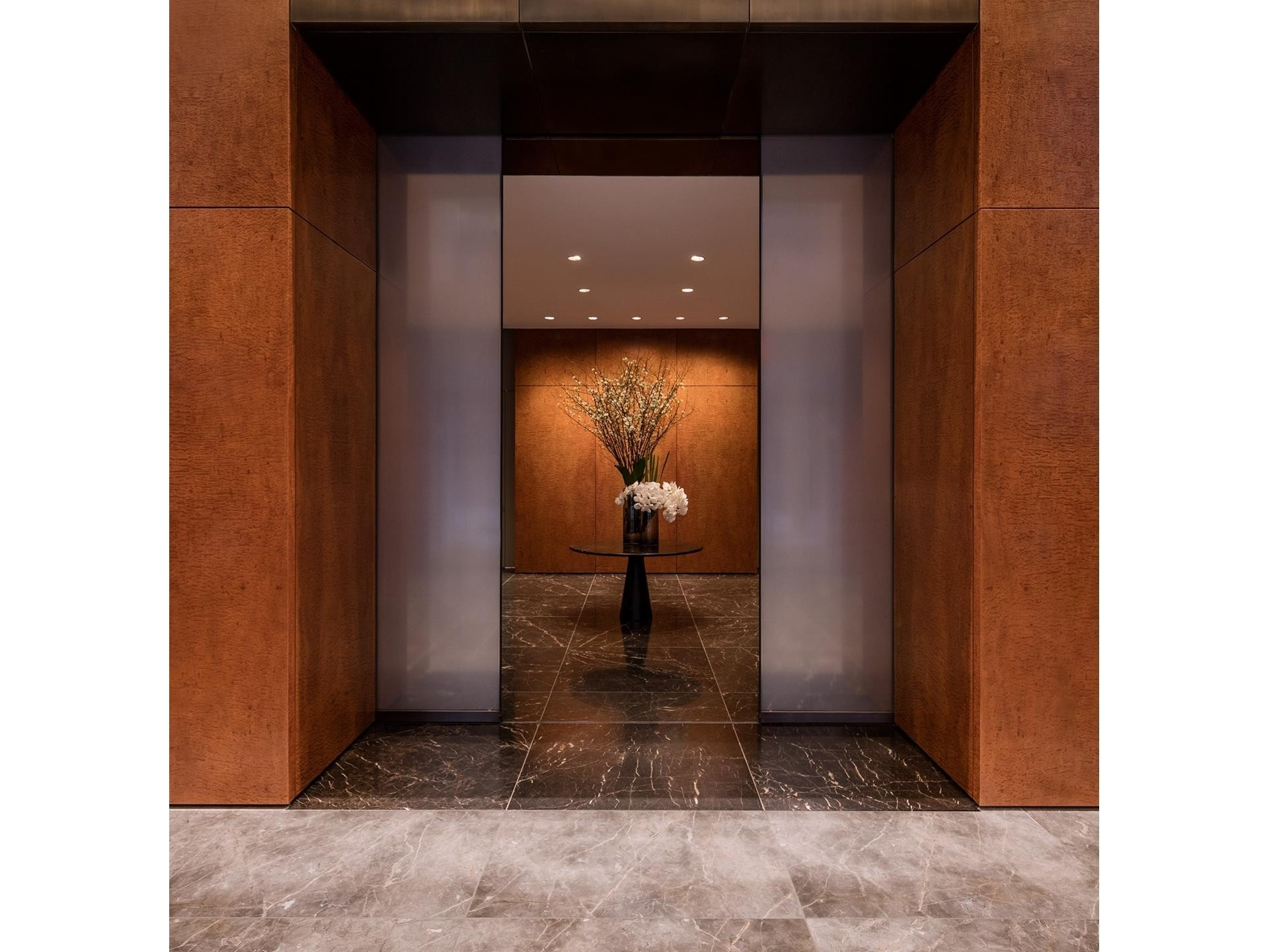 3. Condominiums for Sale at 432 Park Avenue, 29E Midtown East, New York, NY 10022