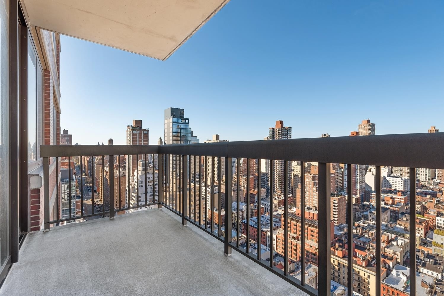 5. Condominiums для того Продажа на OXFORD CONDO, 422 East 72nd St, 28AB Lenox Hill, New York, NY 10021
