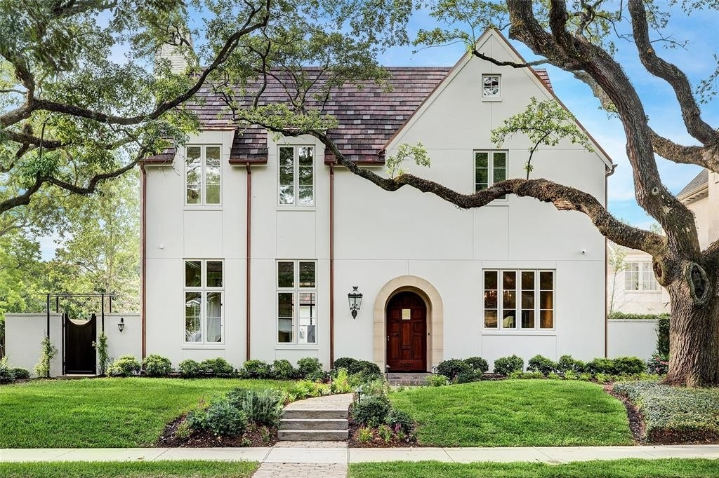 Single Family Home for Sale at River Oaks, Houston, TX 77027