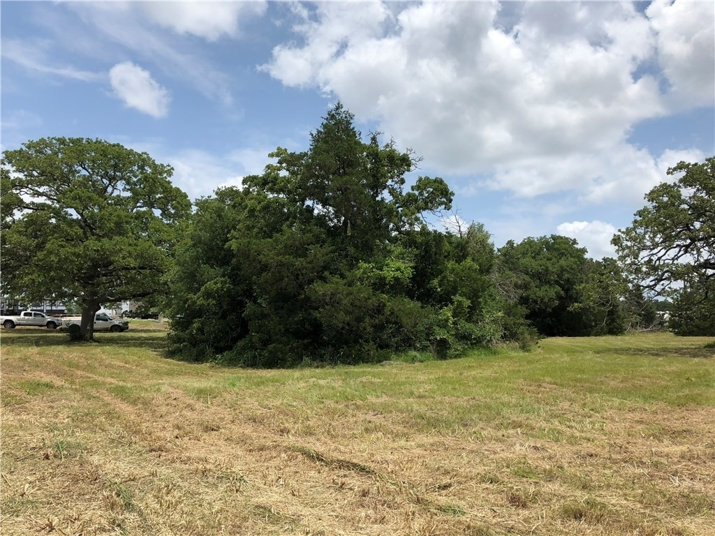 Property at Giddings, TX 78942