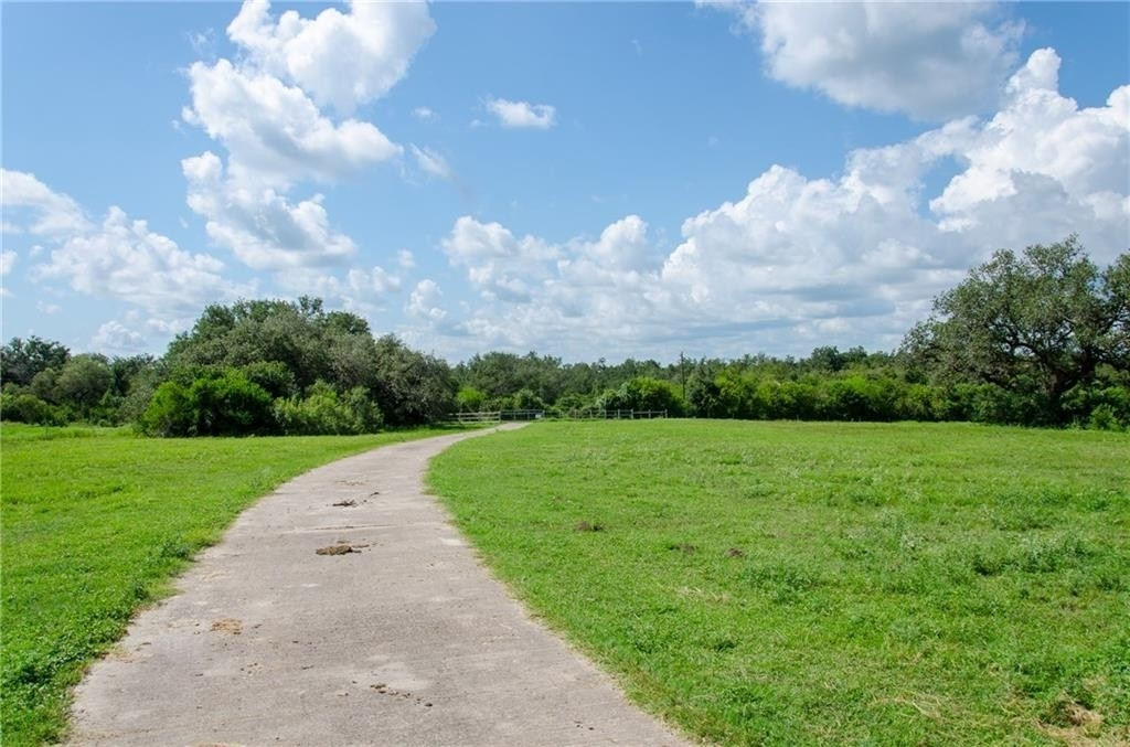 27. Land for Sale at Refugio, TX 78377