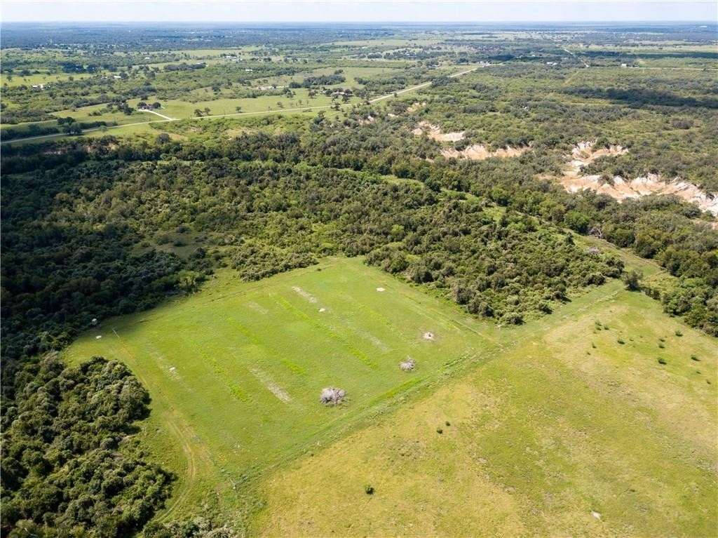 6. Land for Sale at Refugio, TX 78377