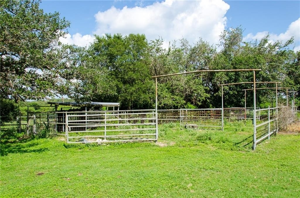 26. Land for Sale at Refugio, TX 78377