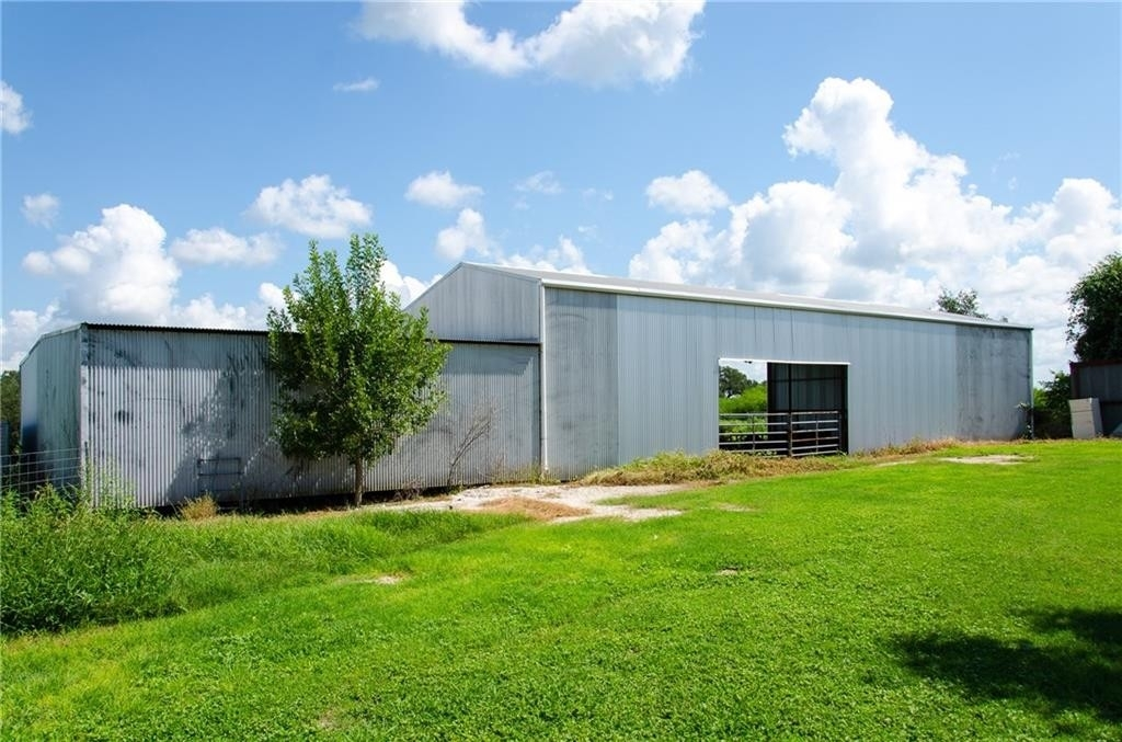 22. Land for Sale at Refugio, TX 78377