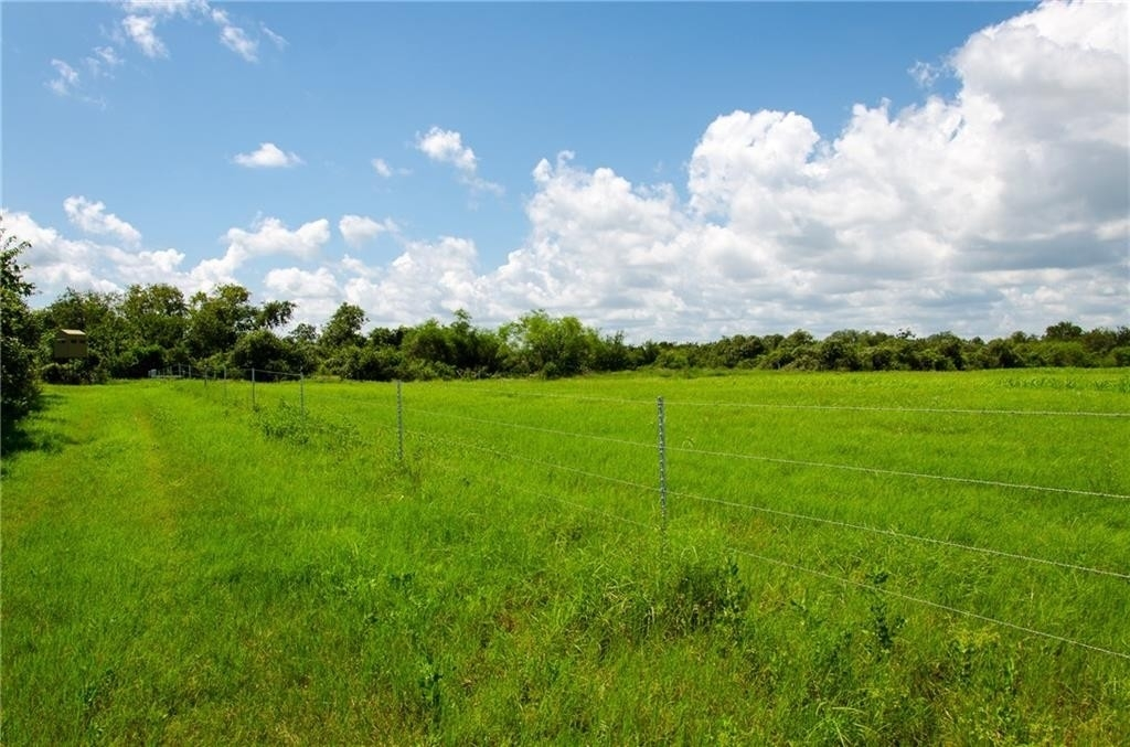 32. Land for Sale at Refugio, TX 78377