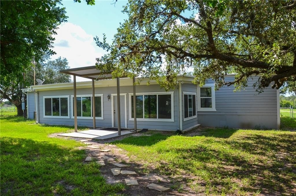 28. Land for Sale at Refugio, TX 78377