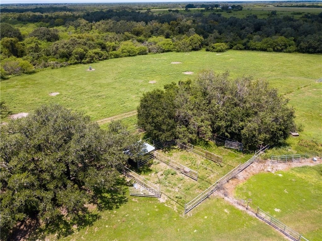 20. Land for Sale at Refugio, TX 78377